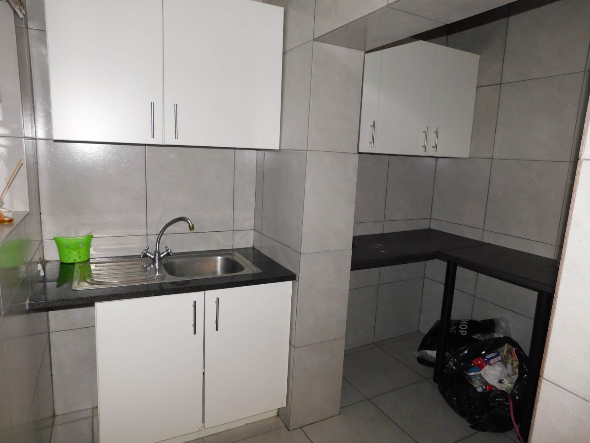 1 BedroomHouse To Rent In Savoy Estate