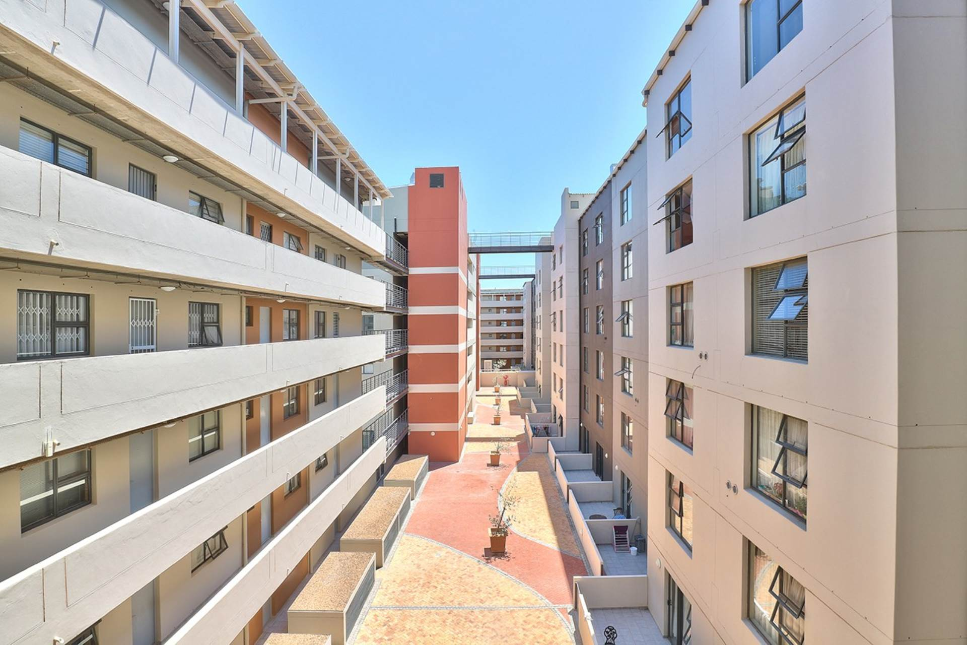 Zonnebloem property for sale. Ref No: 13475515. Picture no 3
