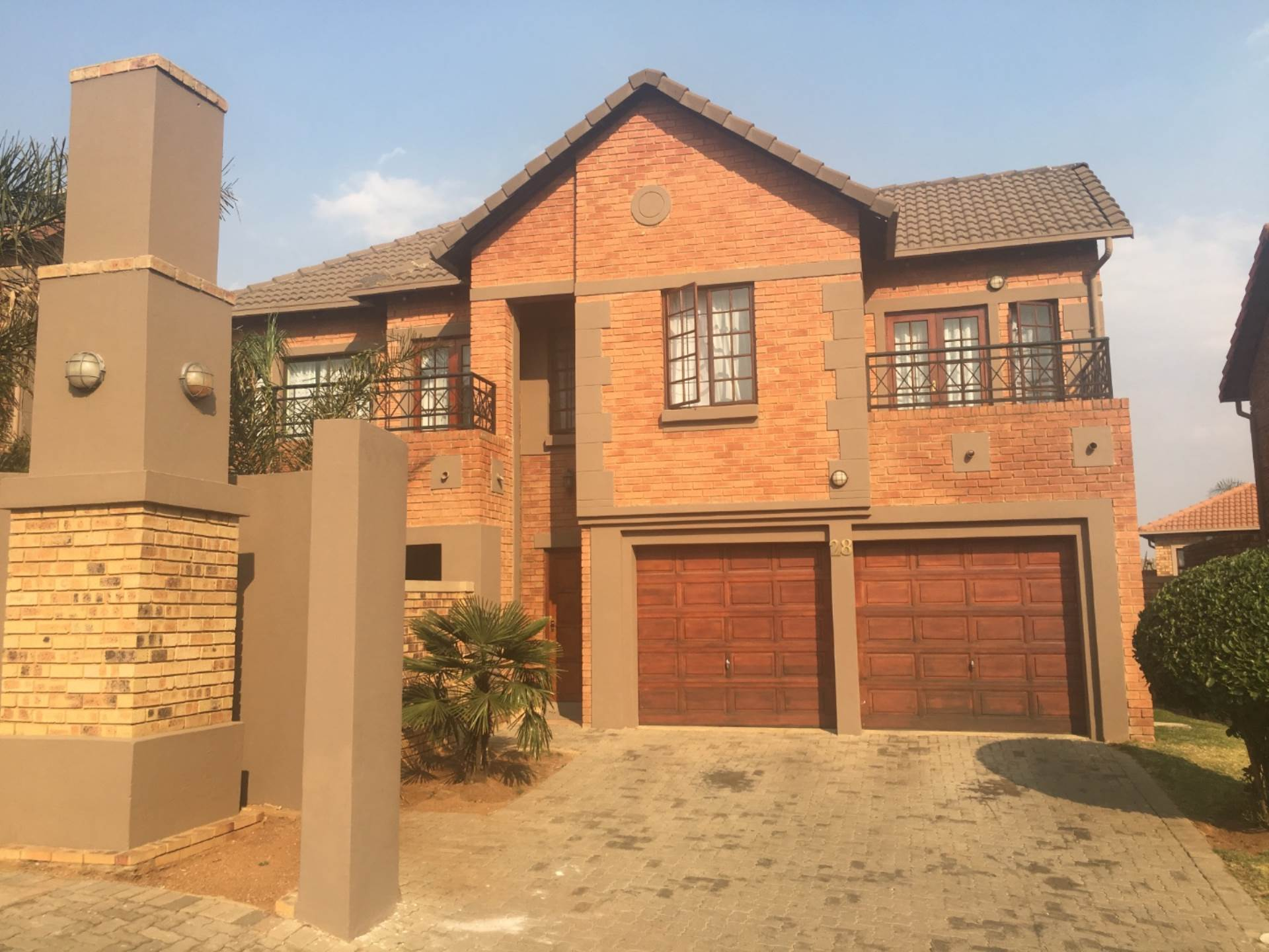 4 BedroomCluster To Rent In Meyersdal