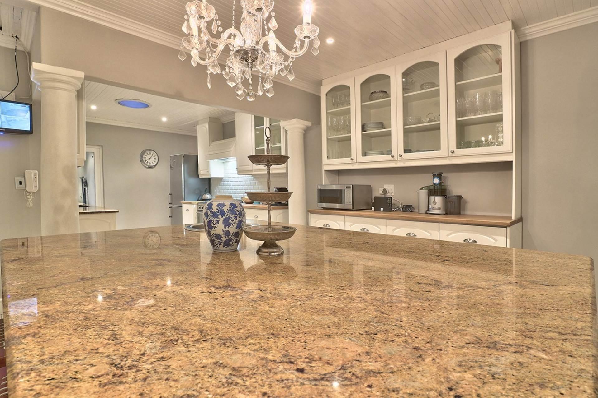 Milnerton property for sale. Ref No: 13585599. Picture no 12