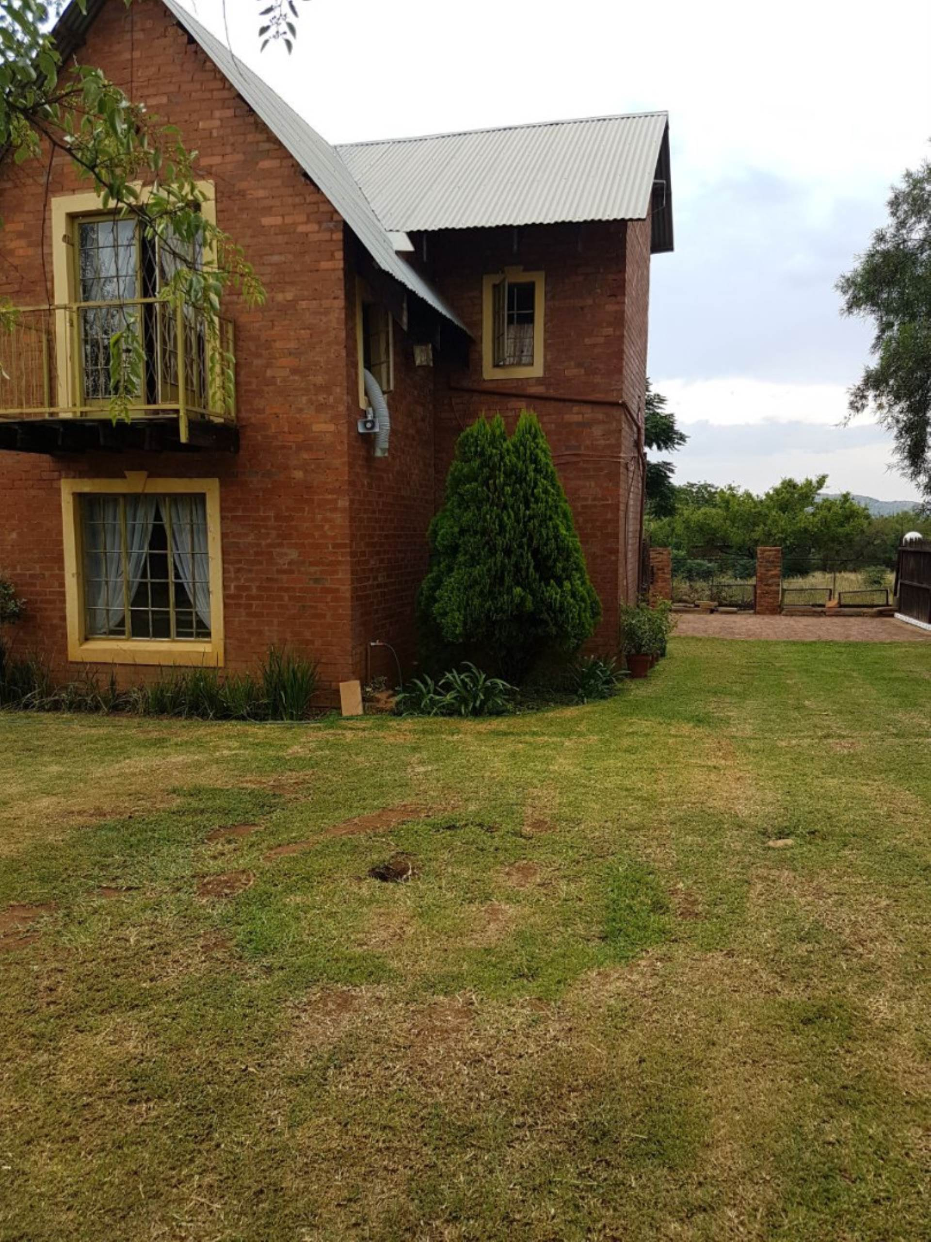 3 BedroomSmall Holding For Sale In Hartbeespoort