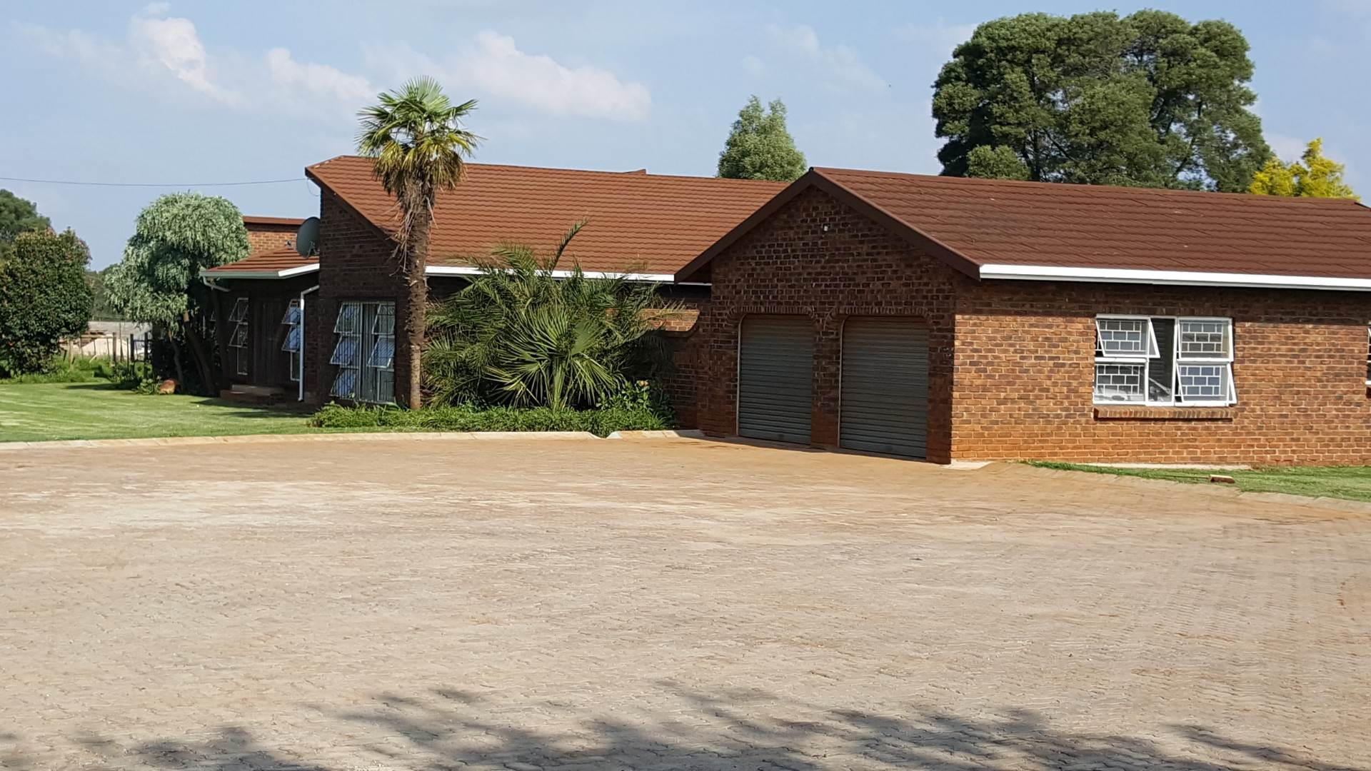5 BedroomHouse For Sale In Union Forest Plantation