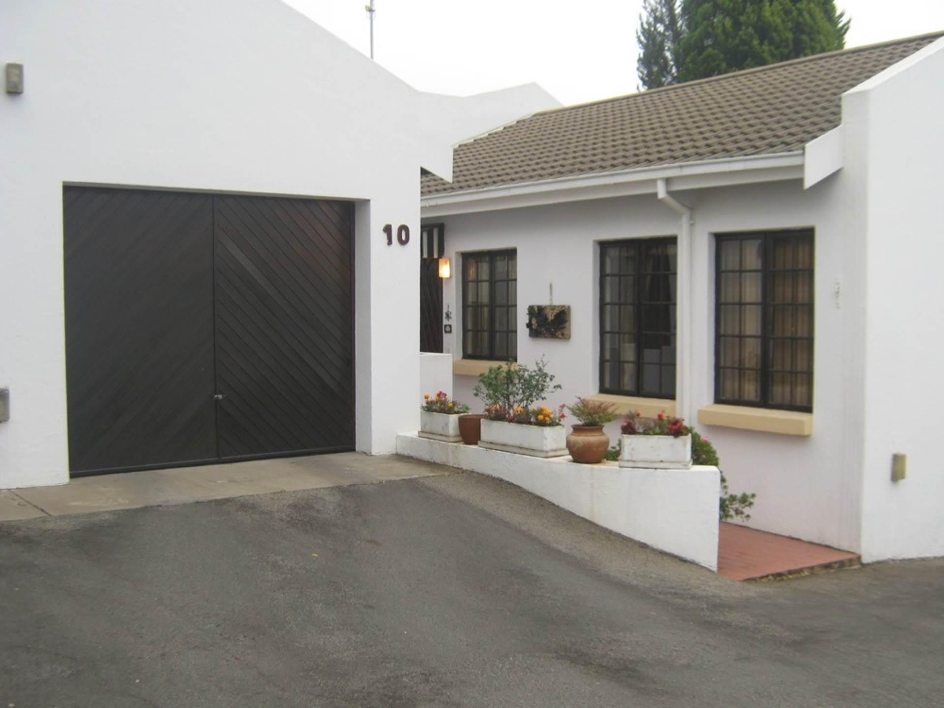 2 BedroomTownhouse To Rent In Bromhof