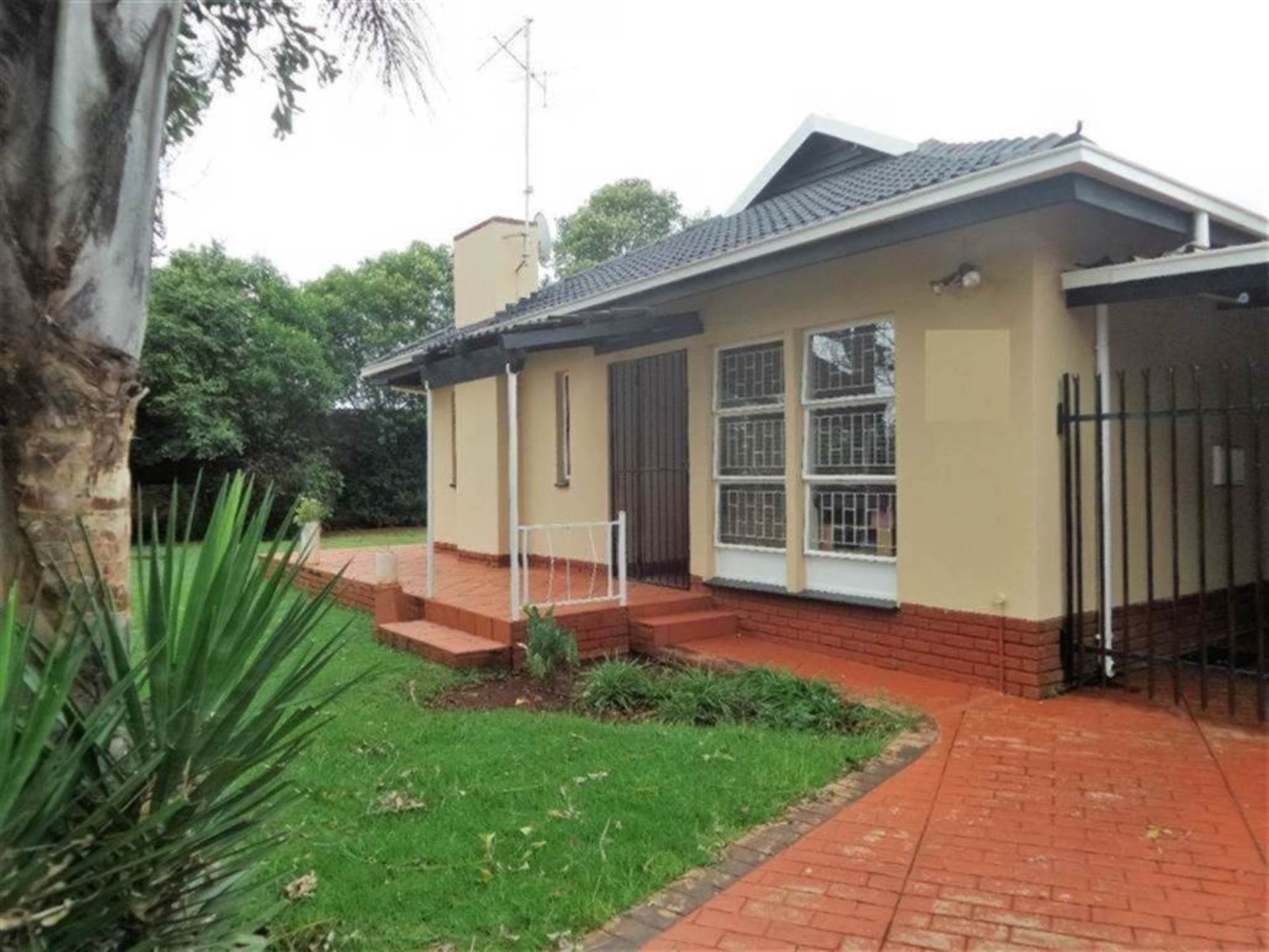 Centurion Central property for sale. Ref No: 13586054. Picture no 11