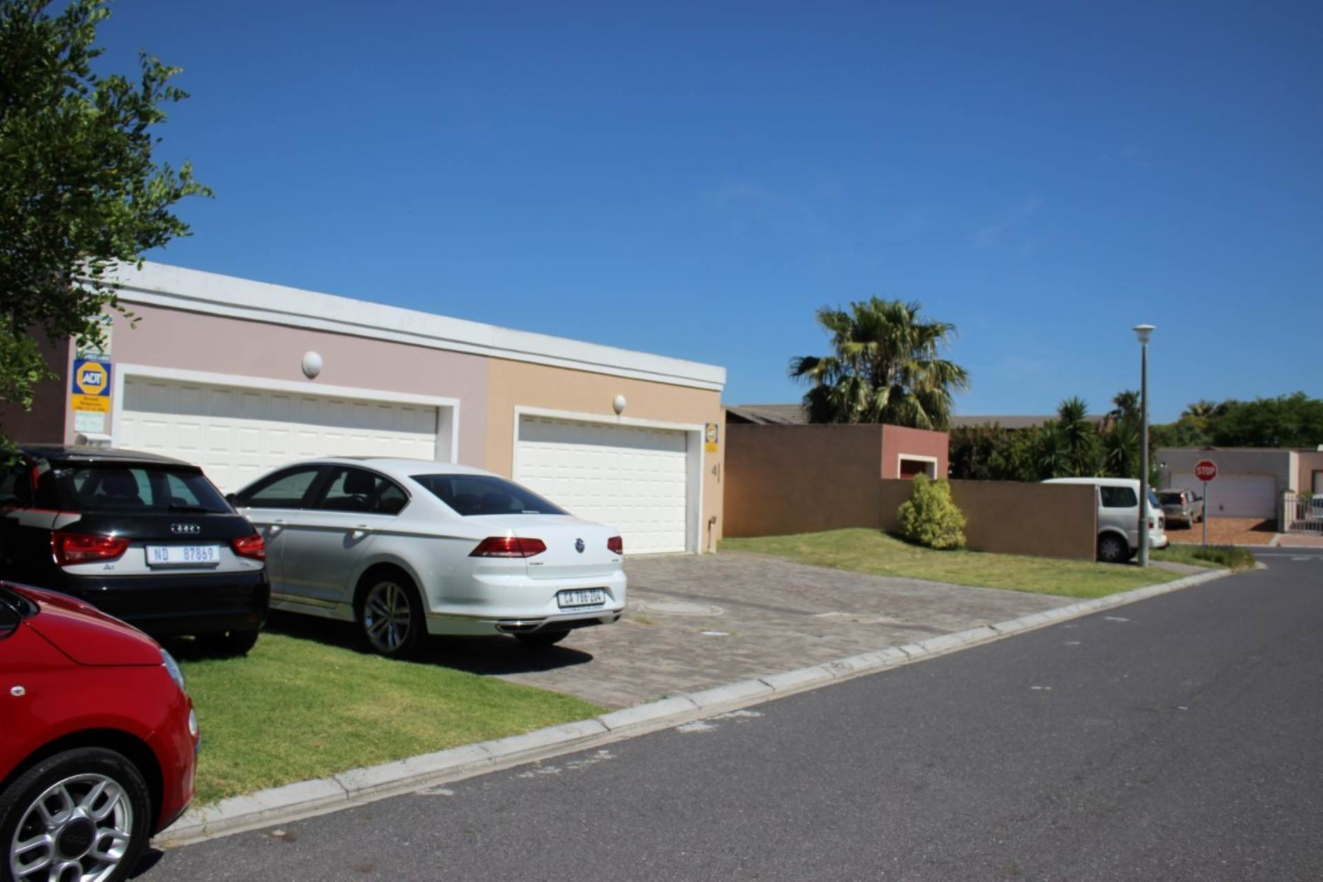 Parklands property for sale. Ref No: 13586068. Picture no 7