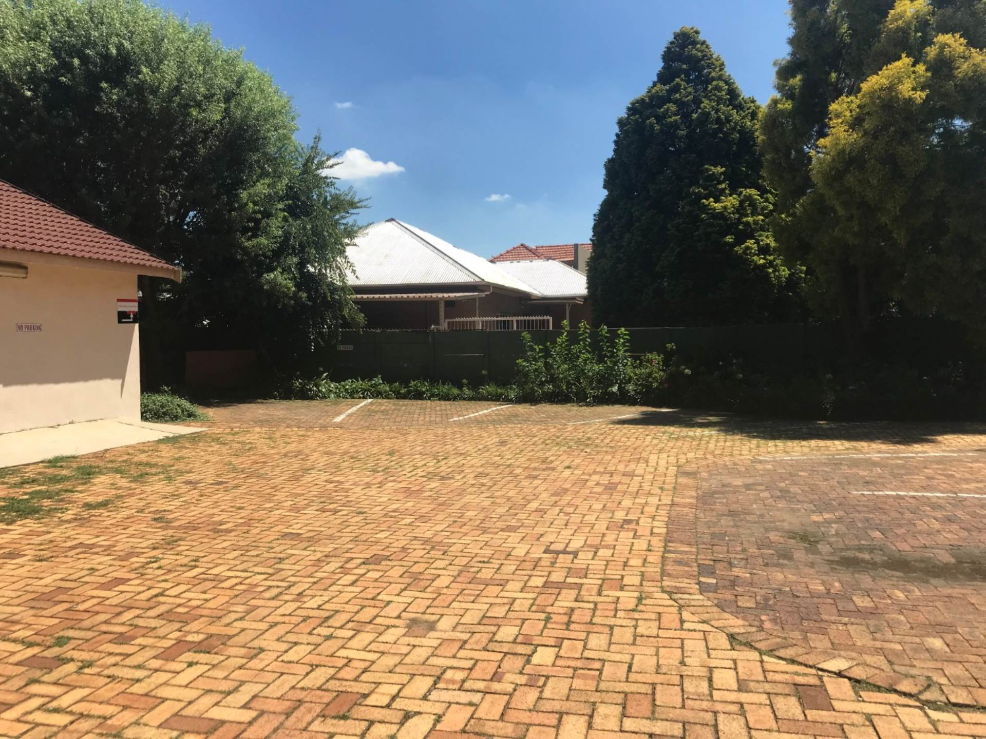 Office To Rent In Strubenvale