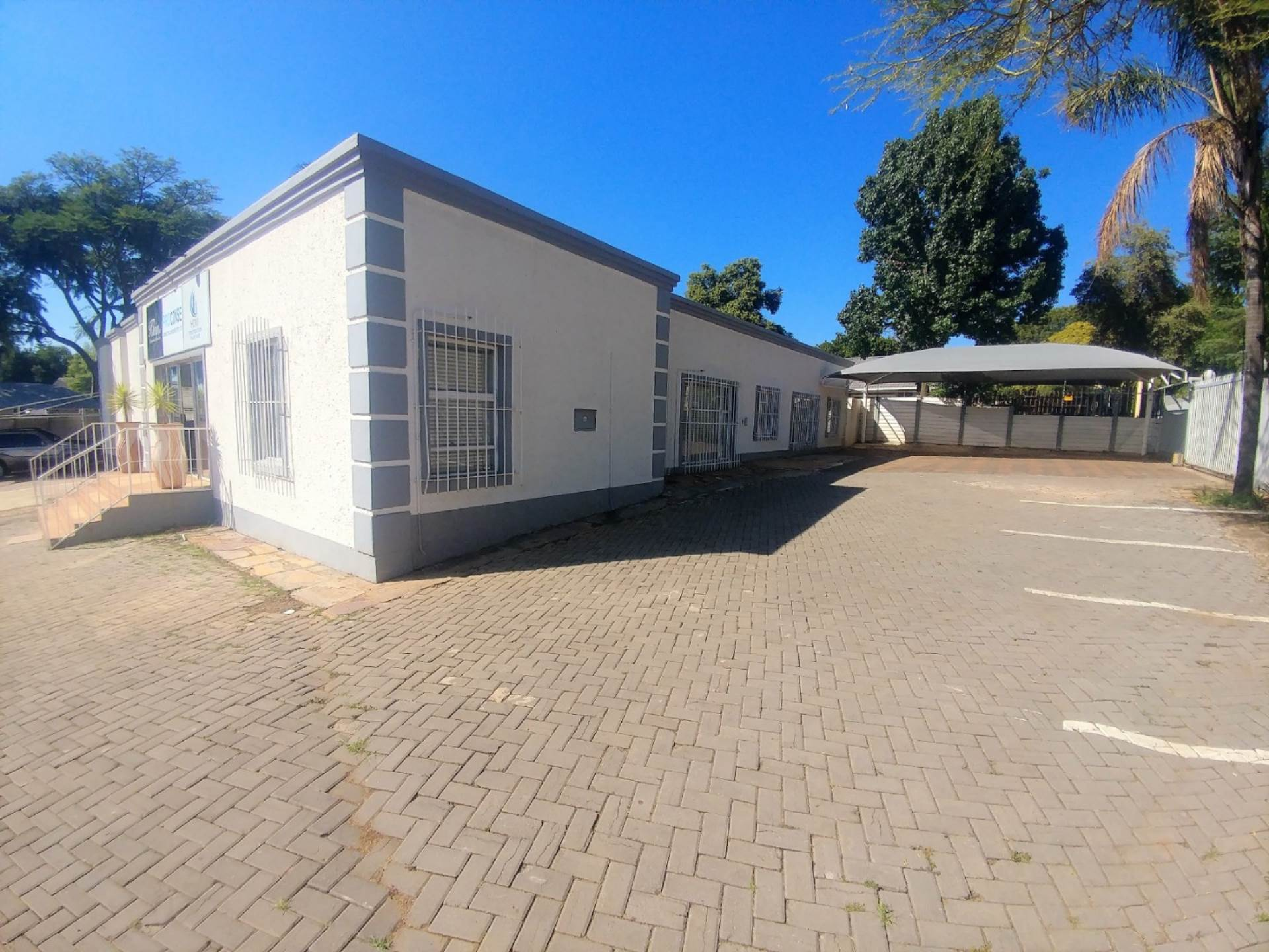 Property and Houses for sale in Constantia Park, Offices - ZAR 4,500,000