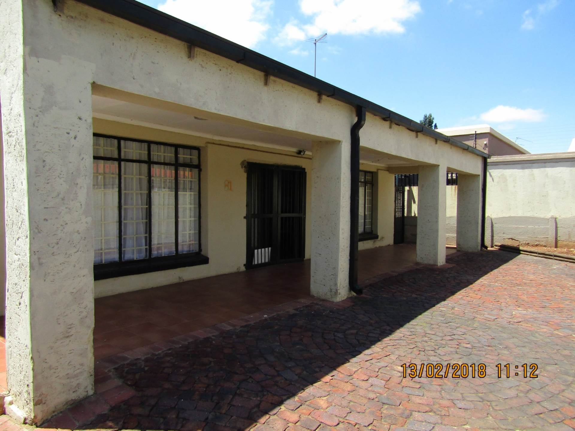 4 BedroomHouse For Sale In Springs Central