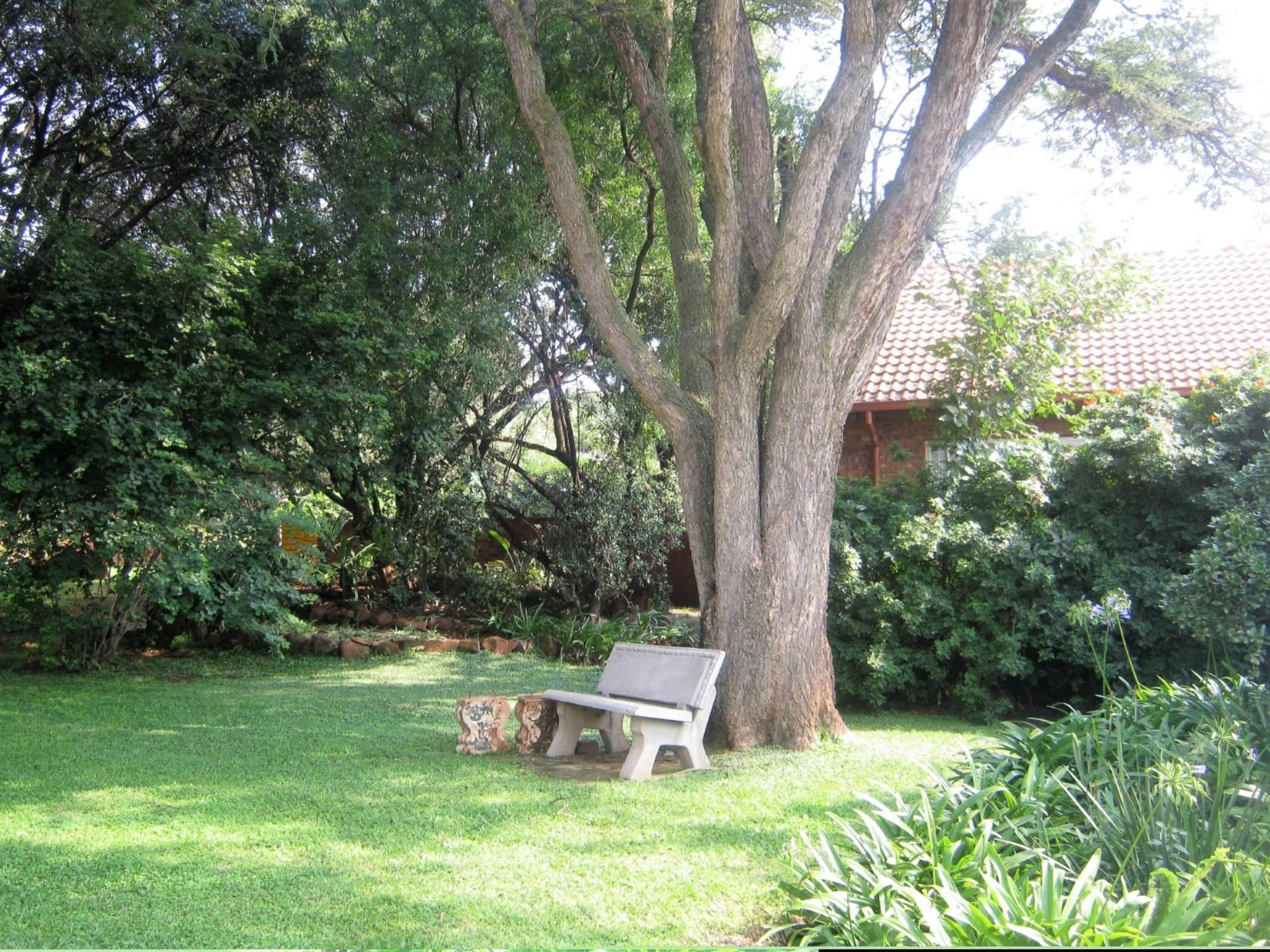 Faerie Glen property for sale. Ref No: 13587462. Picture no 13