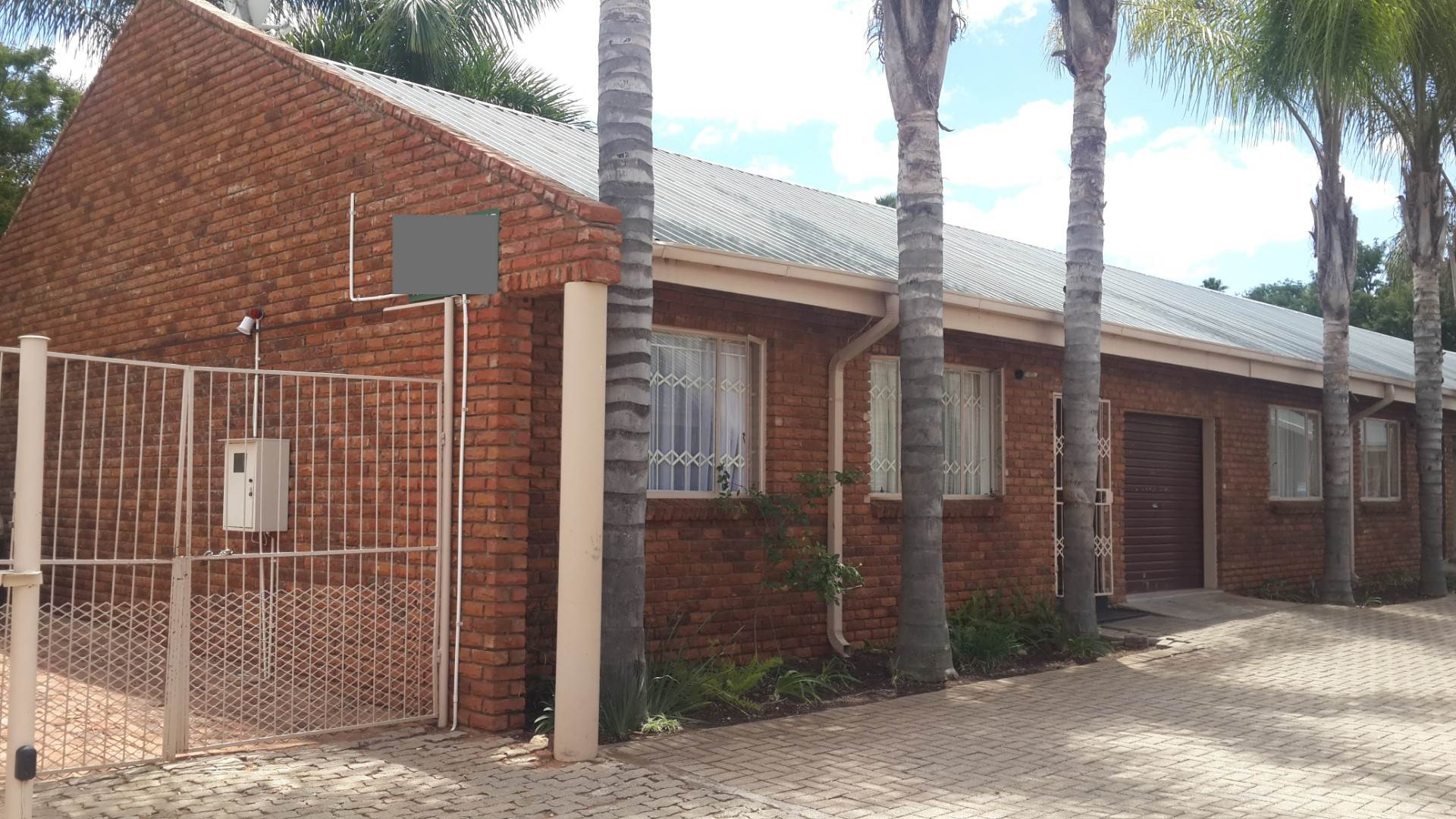 3 BedroomTownhouse For Sale In Fauna Park