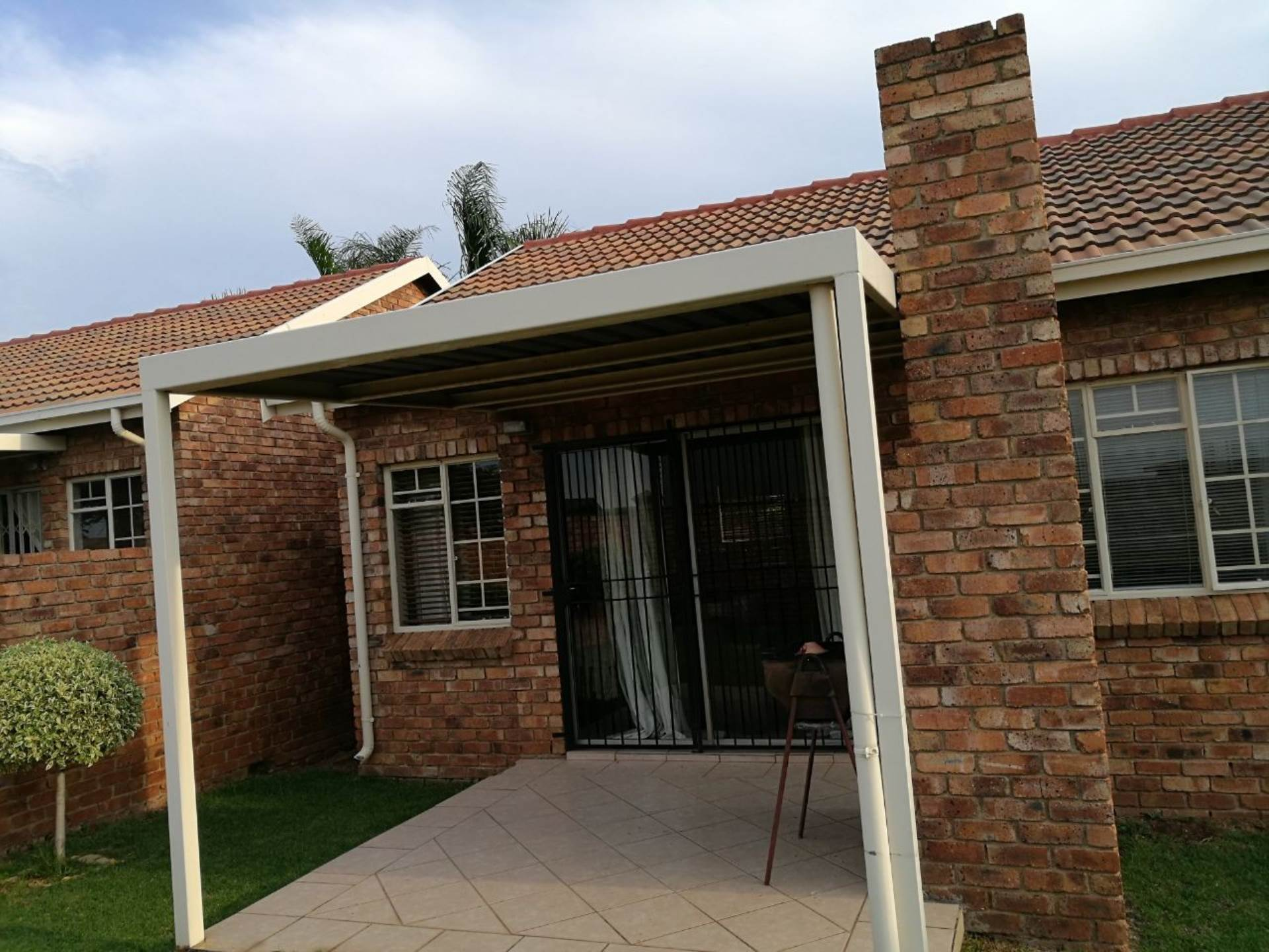2 BedroomTownhouse To Rent In Amberfield Ridge