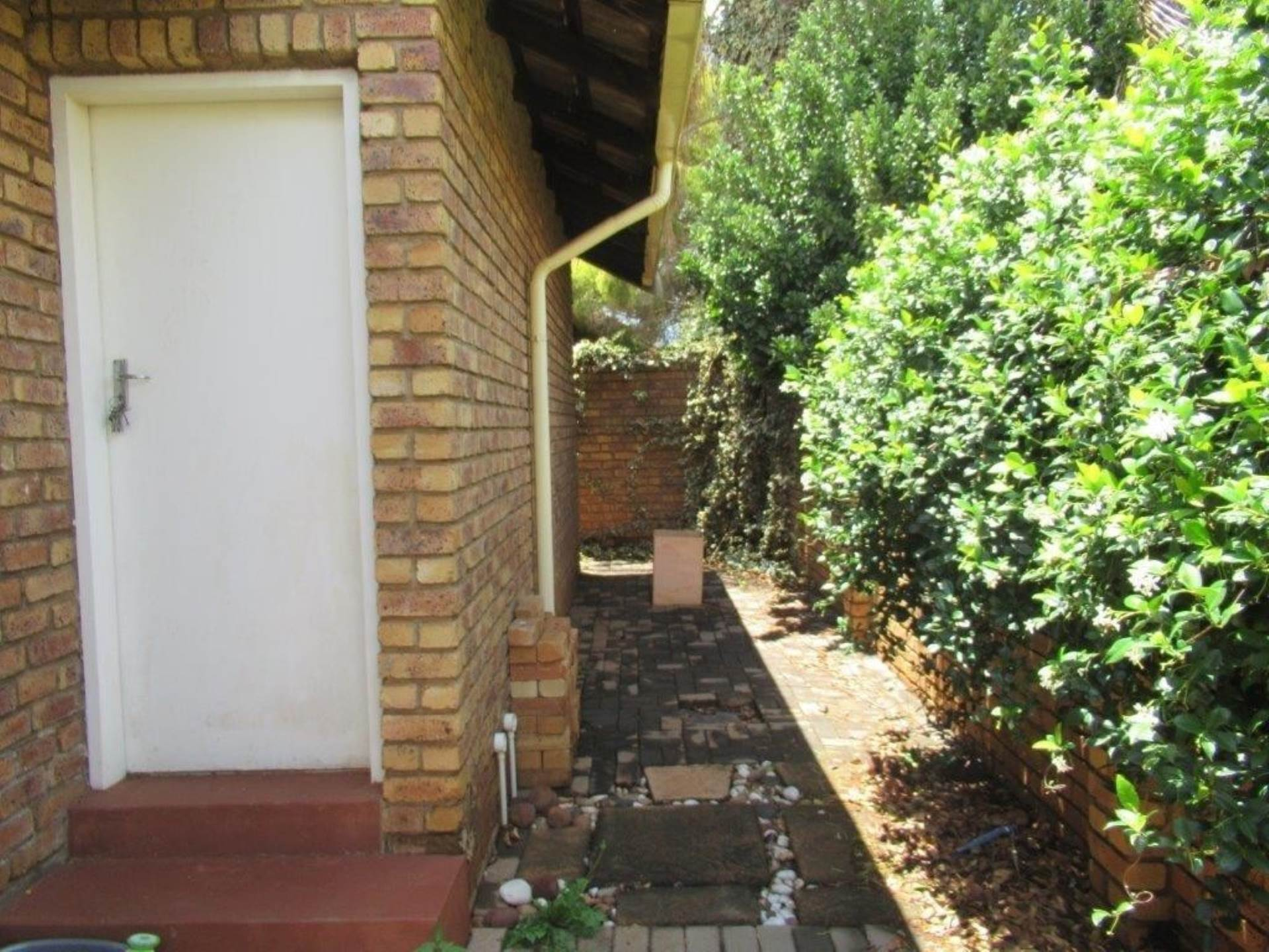 Highveld property for sale. Ref No: 13589374. Picture no 14
