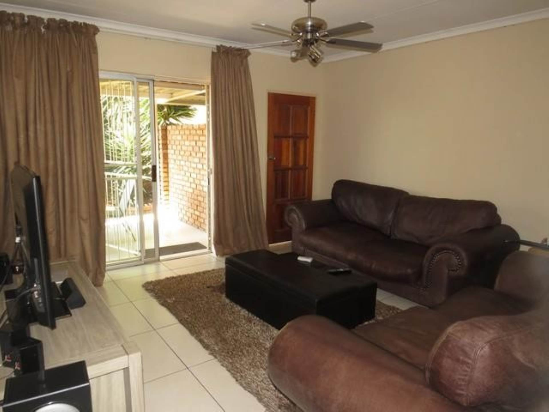 Highveld property for sale. Ref No: 13589374. Picture no 5