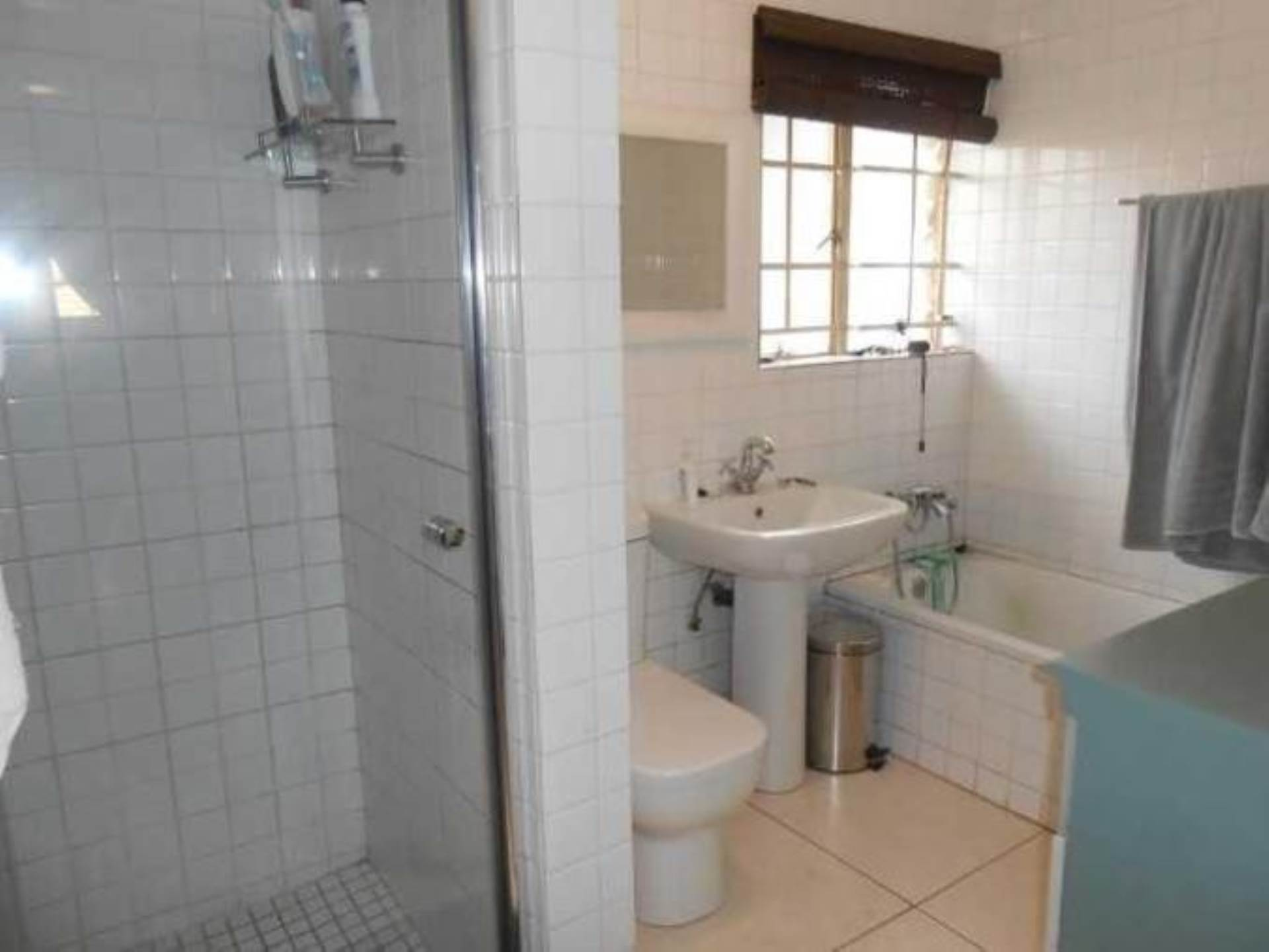 Highveld property for sale. Ref No: 13589374. Picture no 15