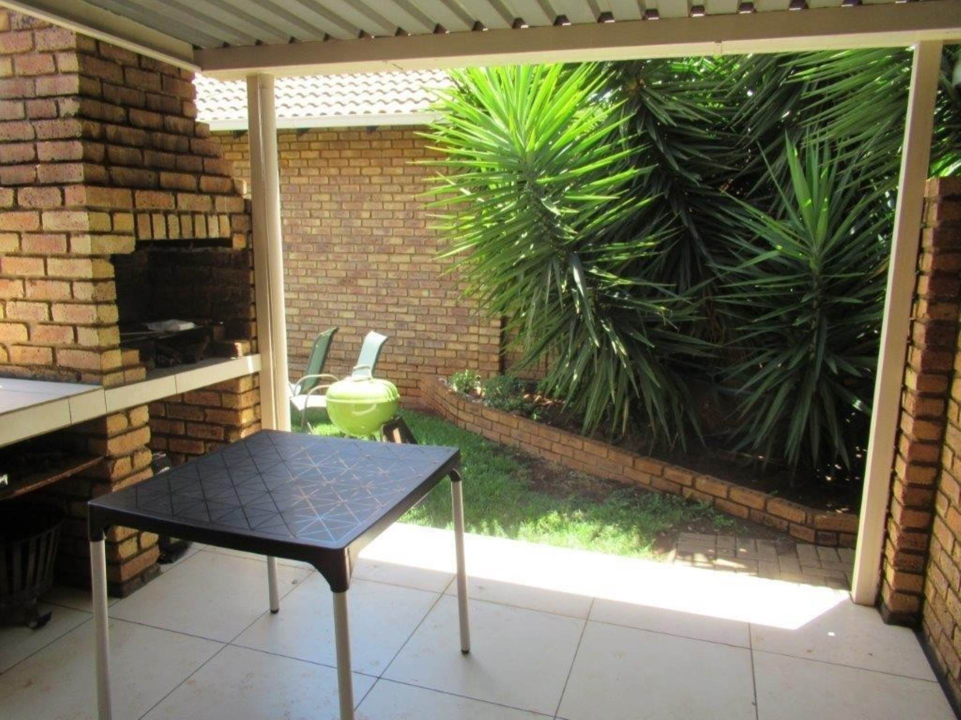 Highveld property for sale. Ref No: 13589374. Picture no 10