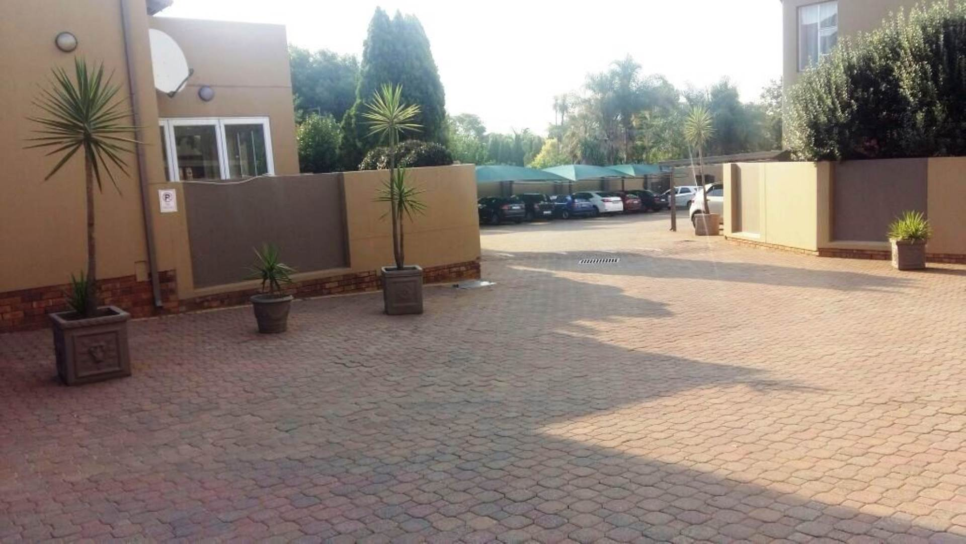 3 BedroomTownhouse To Rent In Bedfordview