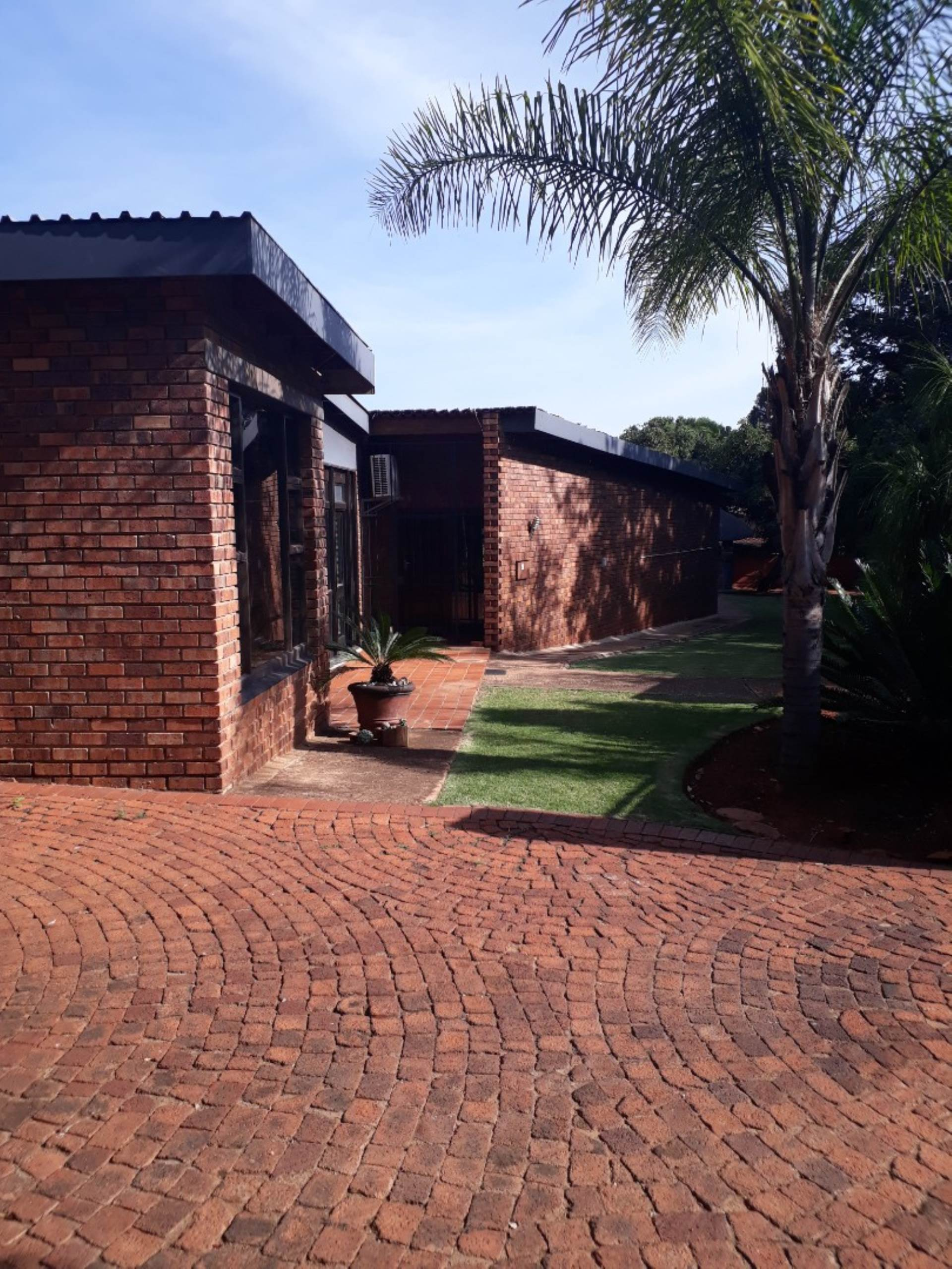 Pretoria, Sinoville Property  | Houses For Sale Sinoville, SINOVILLE, House 5 bedrooms property for sale Price:2,170,000
