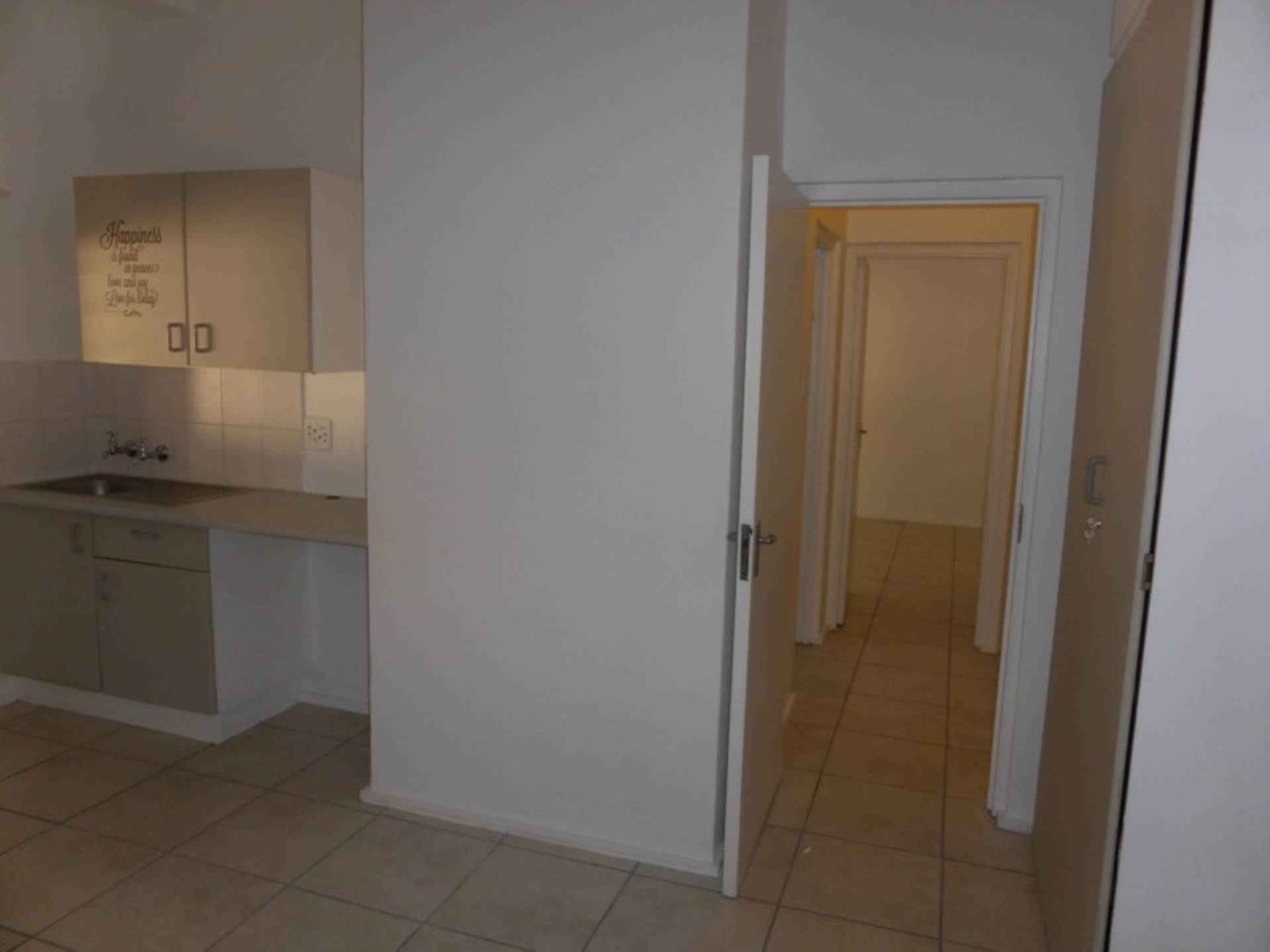 Hatfield property to rent. Ref No: 13536637. Picture no 12