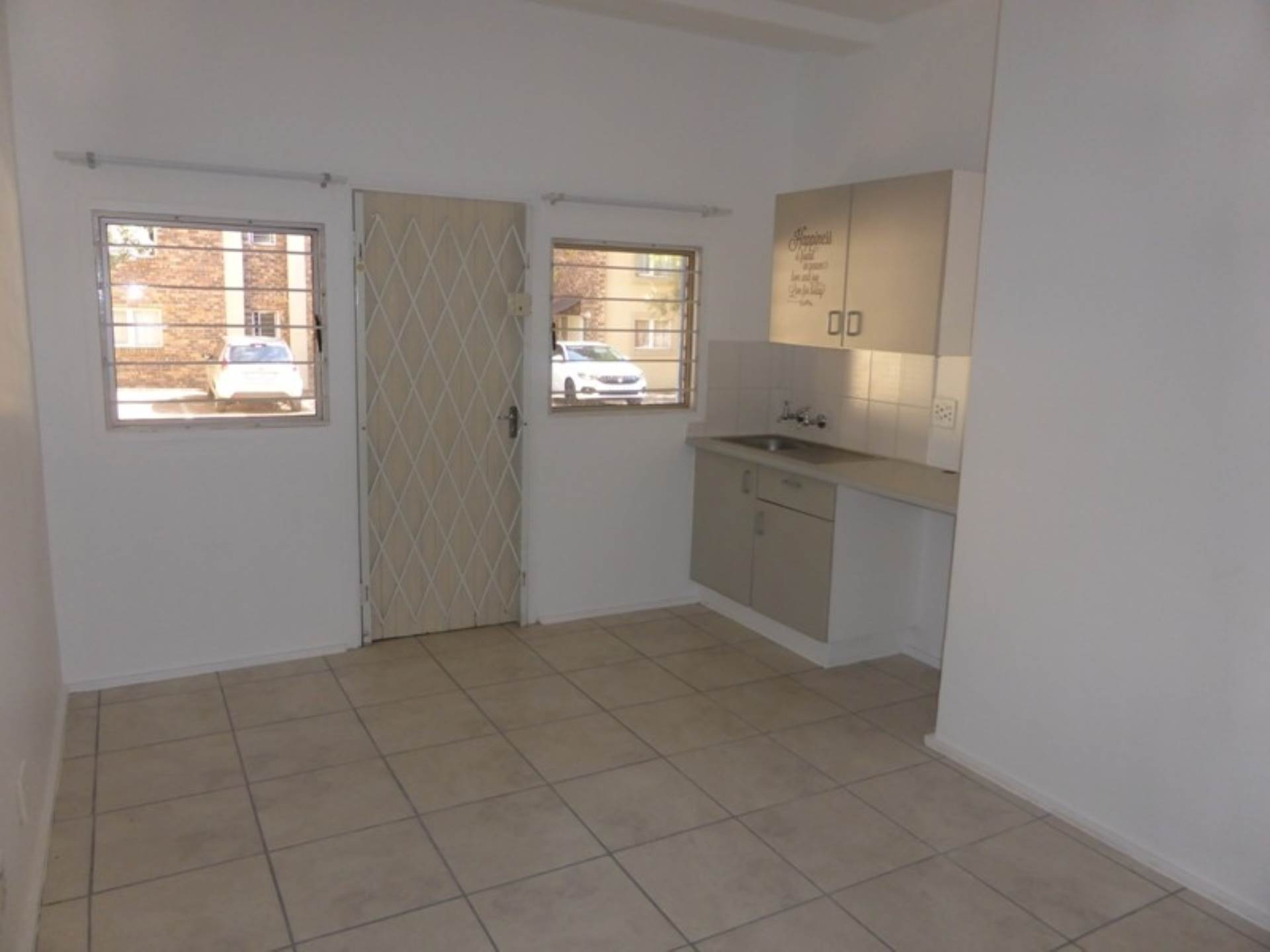 Hatfield property to rent. Ref No: 13536637. Picture no 10