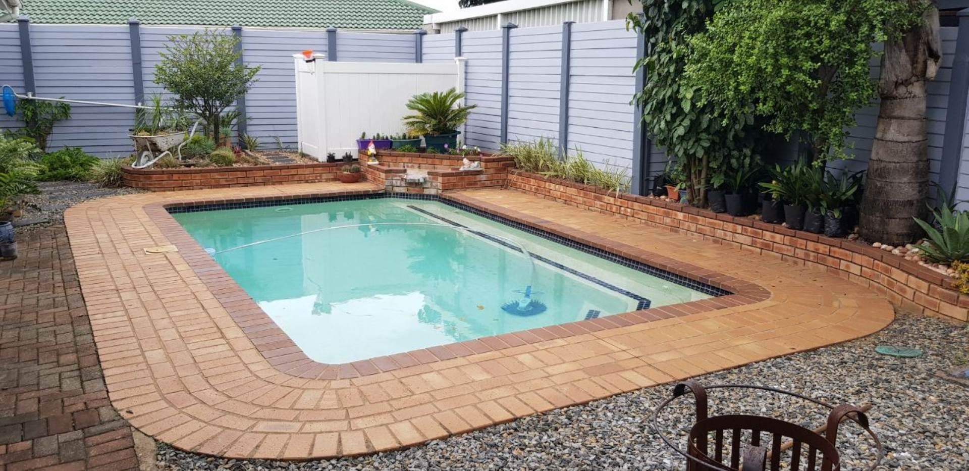 5 BedroomHouse For Sale In Birdswood