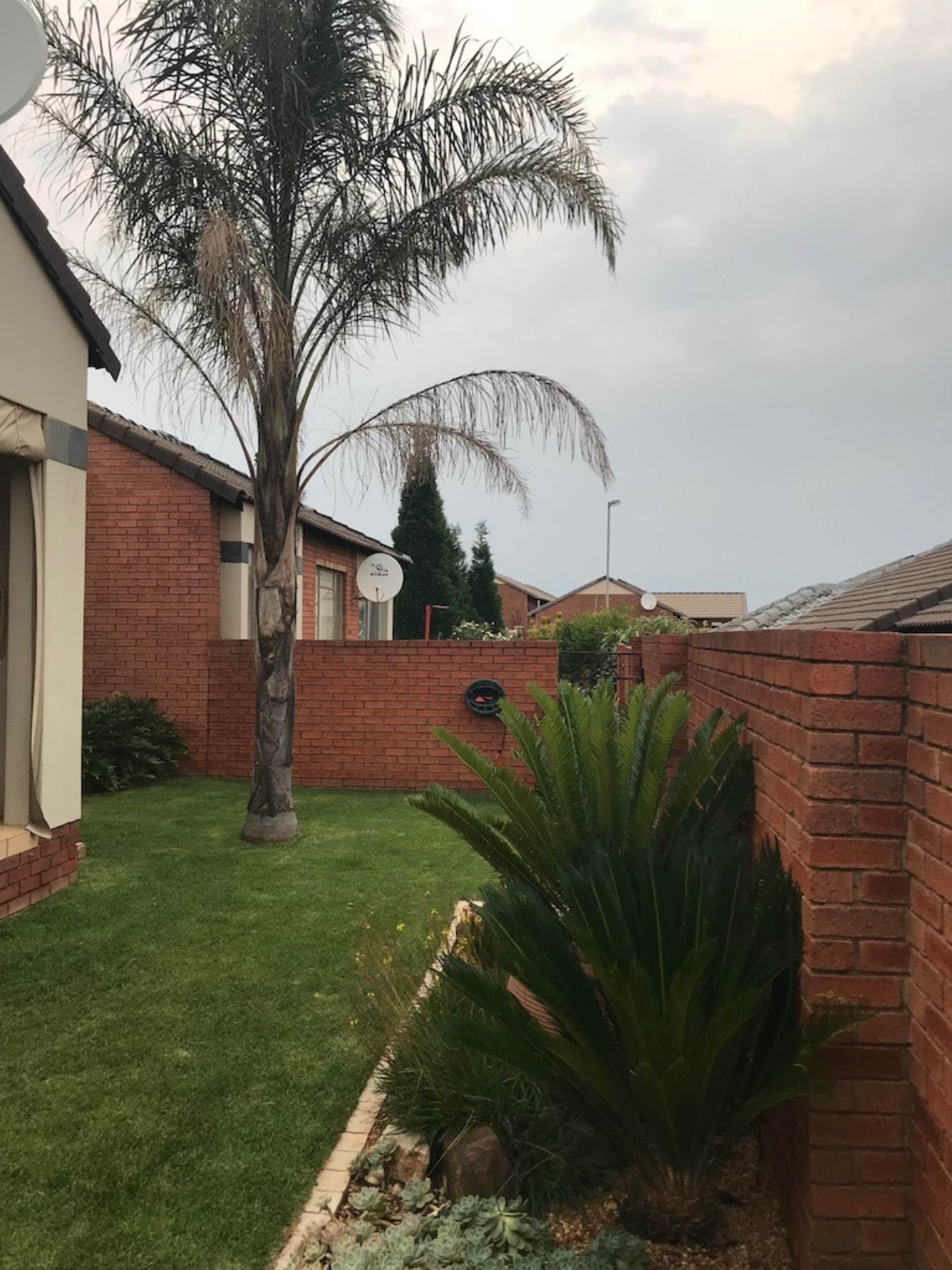 Pretoria, Mooikloof Property  | Houses For Sale Mooikloof, MOOIKLOOF, Townhouse 3 bedrooms property for sale Price:1,400,000