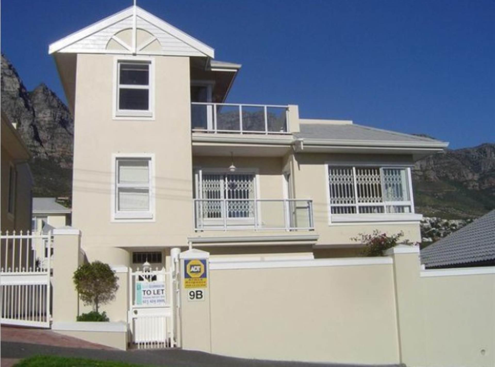 Cape Town, Camps Bay Property  | Houses To Rent Camps Bay, CAMPS BAY, House 3 bedrooms property to rent Price:, 55,00*