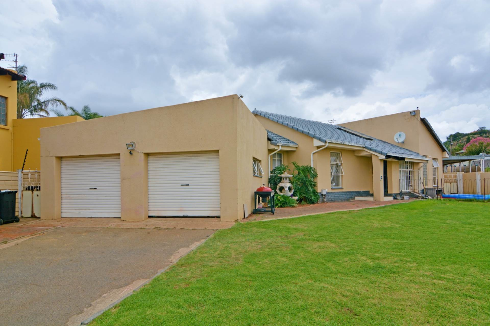 3 BedroomHouse For Sale In Noordheuwel Ext 4