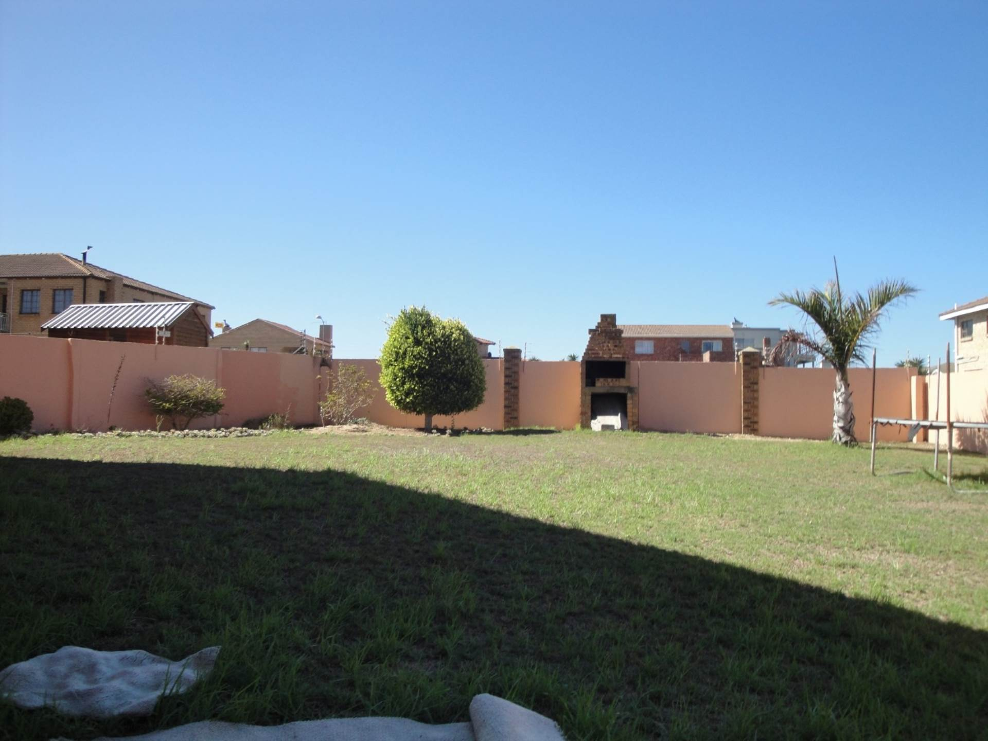 7 BedroomHouse For Sale In Bluewater Bay