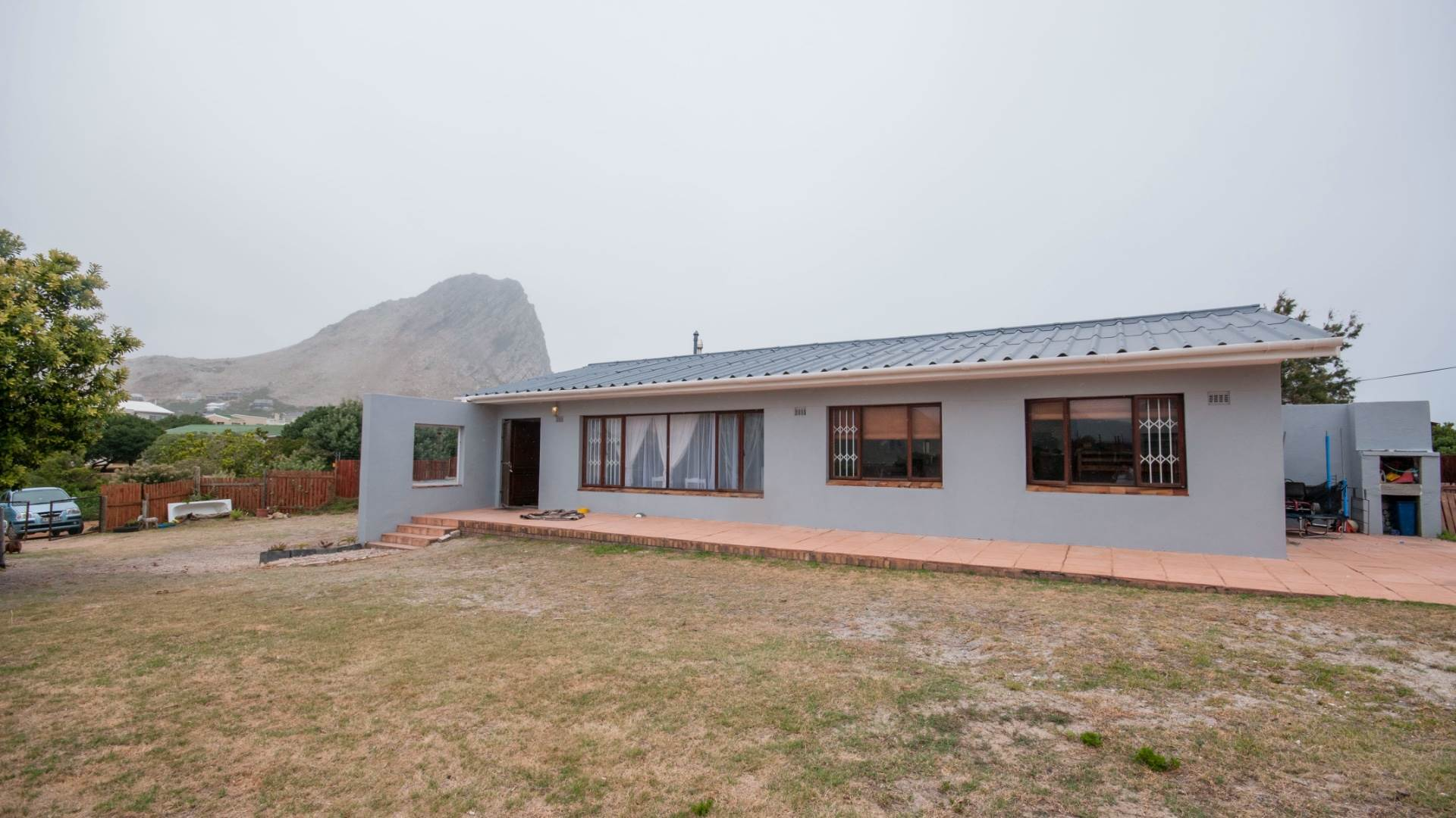 3 BedroomHouse For Sale In Rooi Els