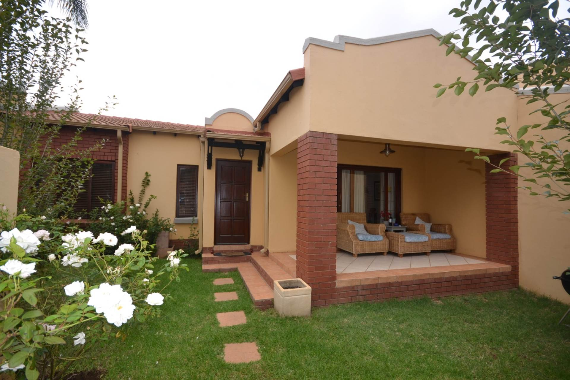 Property and Houses for sale in Olympus - Page 3, Townhouse, 3 Bedrooms - ZAR 1,760,000