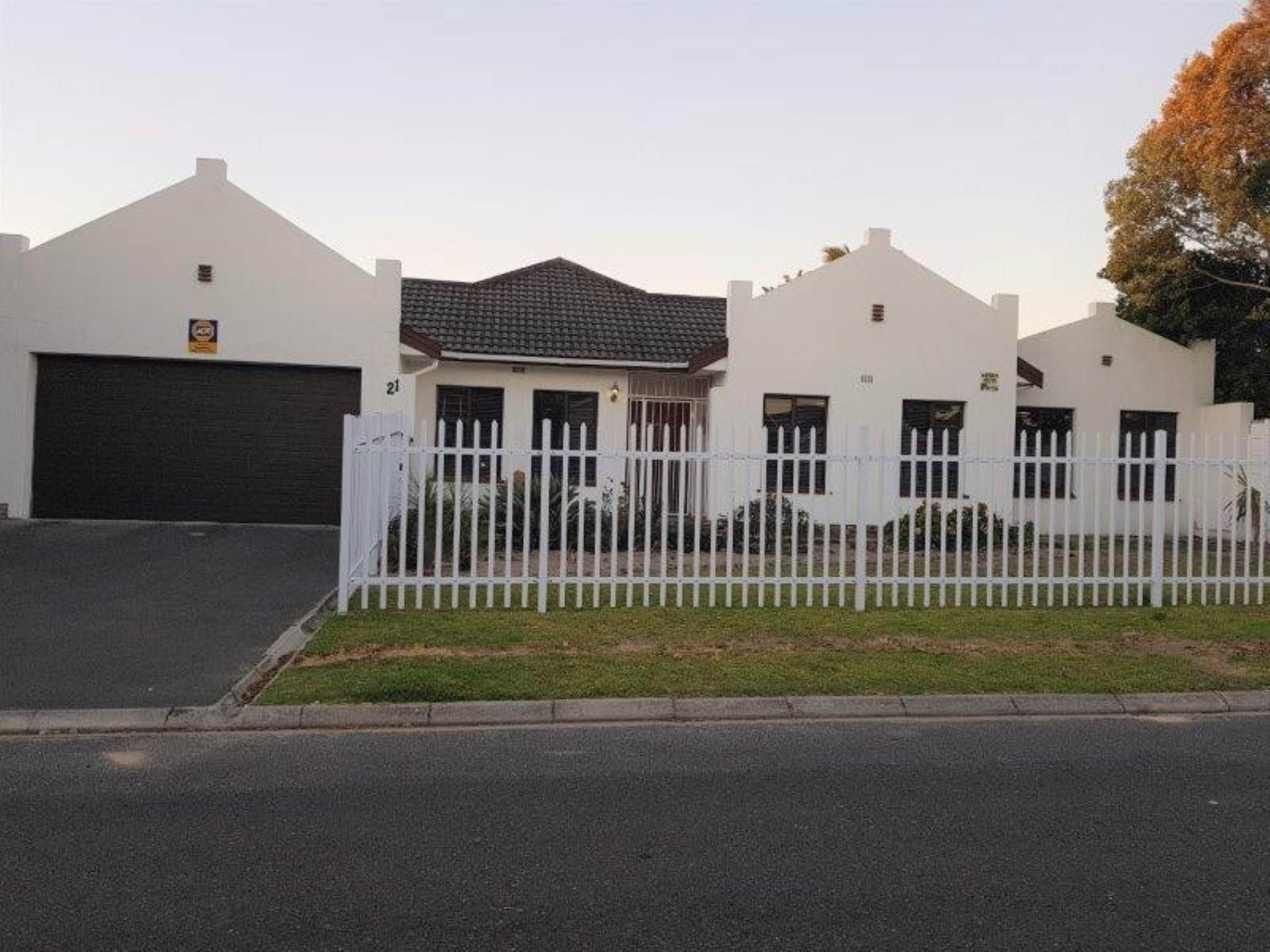 4 BedroomHouse For Sale In Panorama