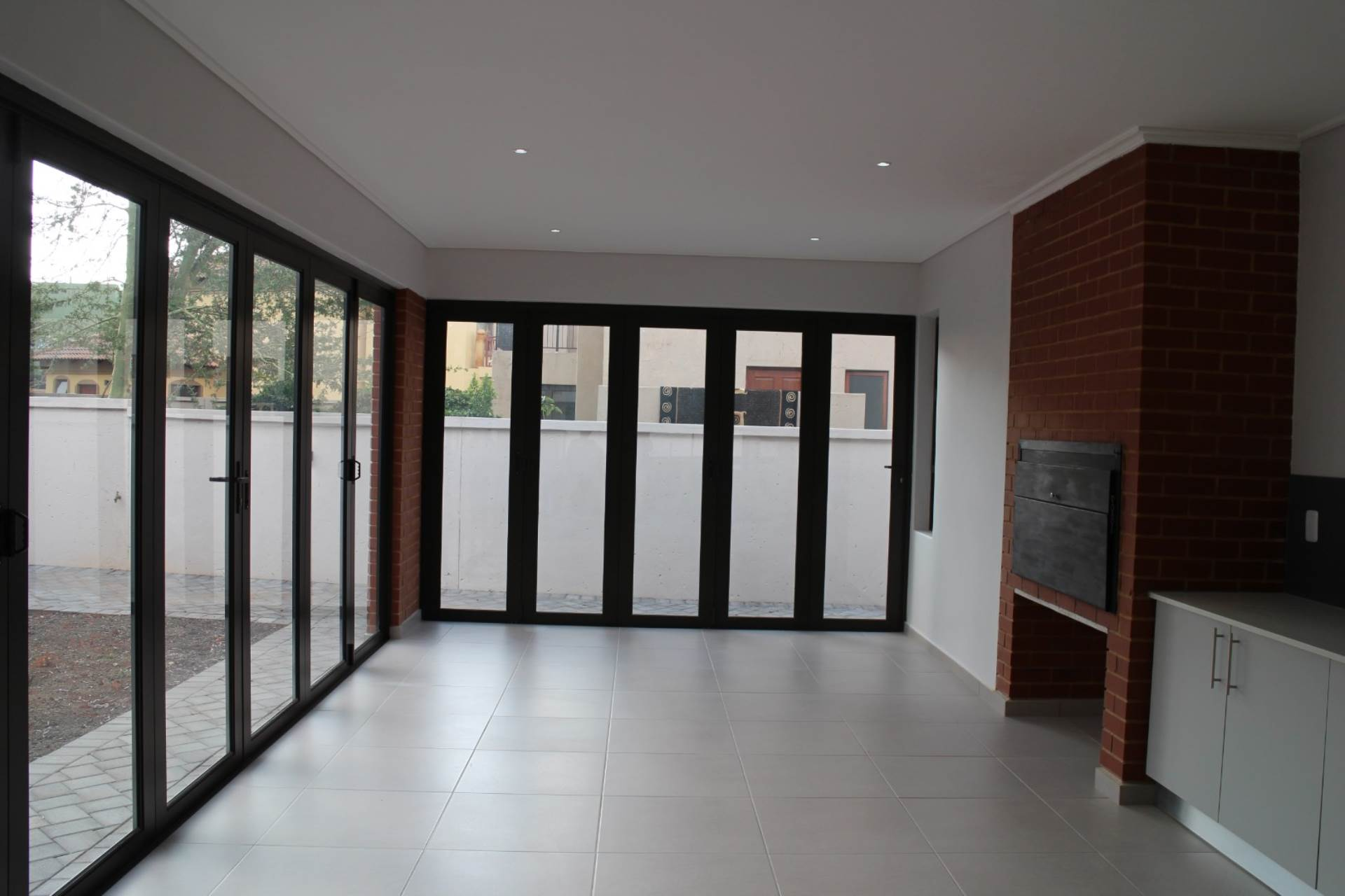 Willow Acres Estate property for sale. Ref No: 13593133. Picture no 21