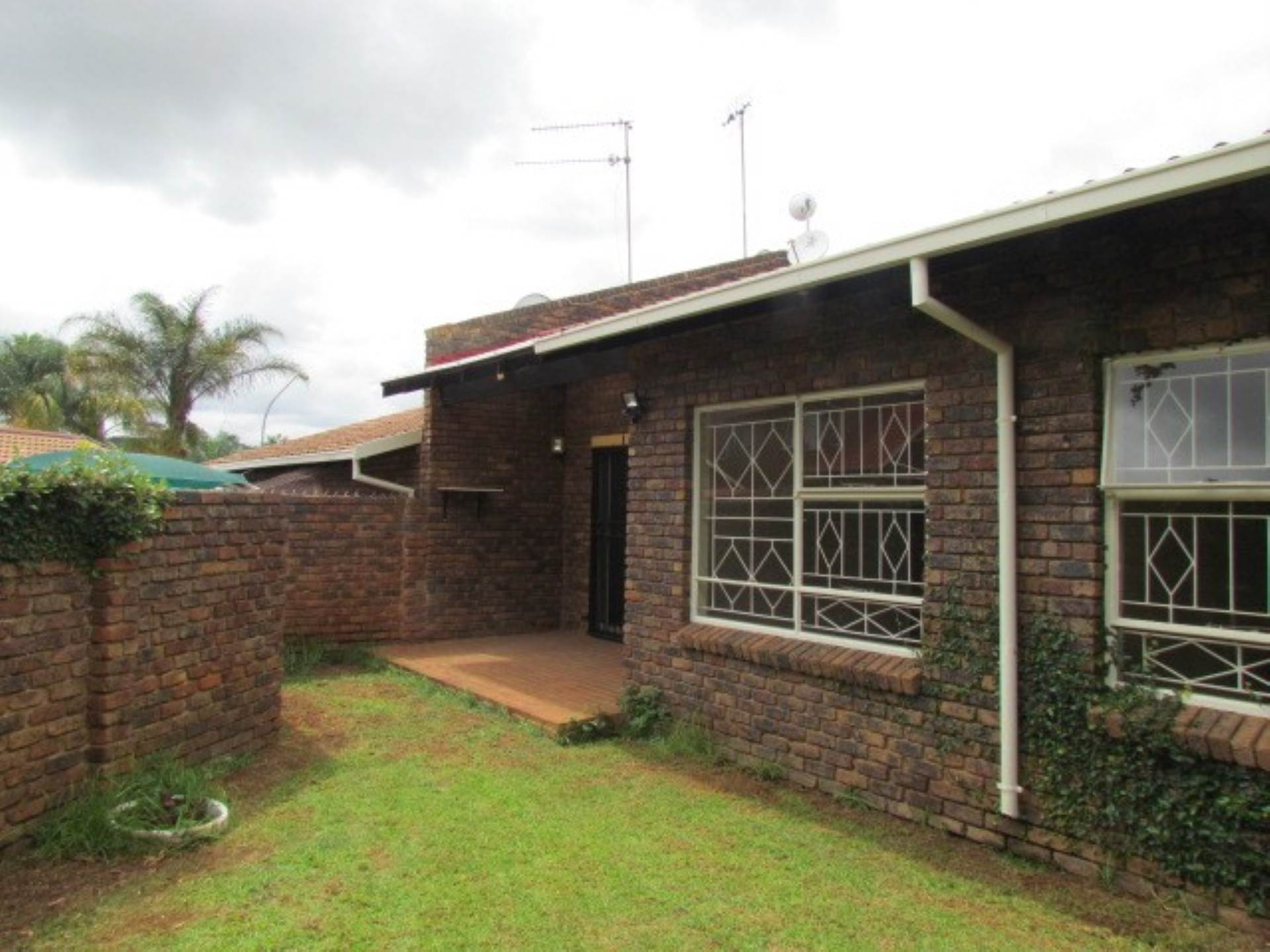Property and Houses for sale in Monument Park Ext 2, Townhouse, 3 Bedrooms - ZAR 1,380,000