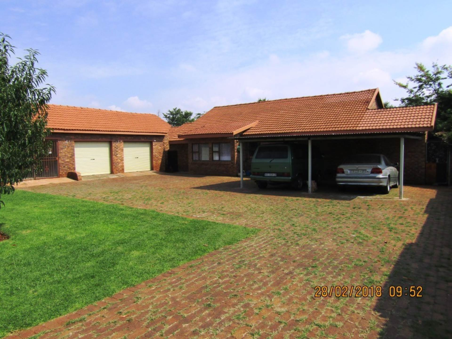 3 BedroomHouse For Sale In Daggafontein