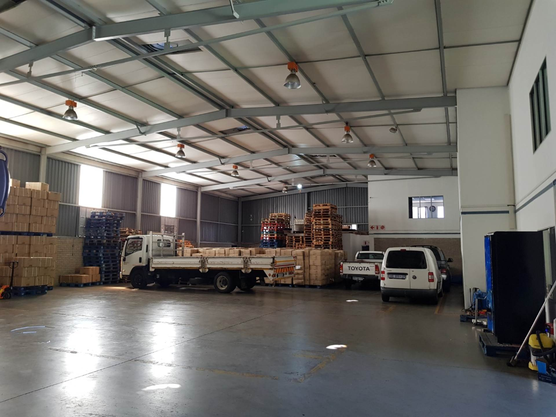 Industrial To Rent In Spartan & Ext