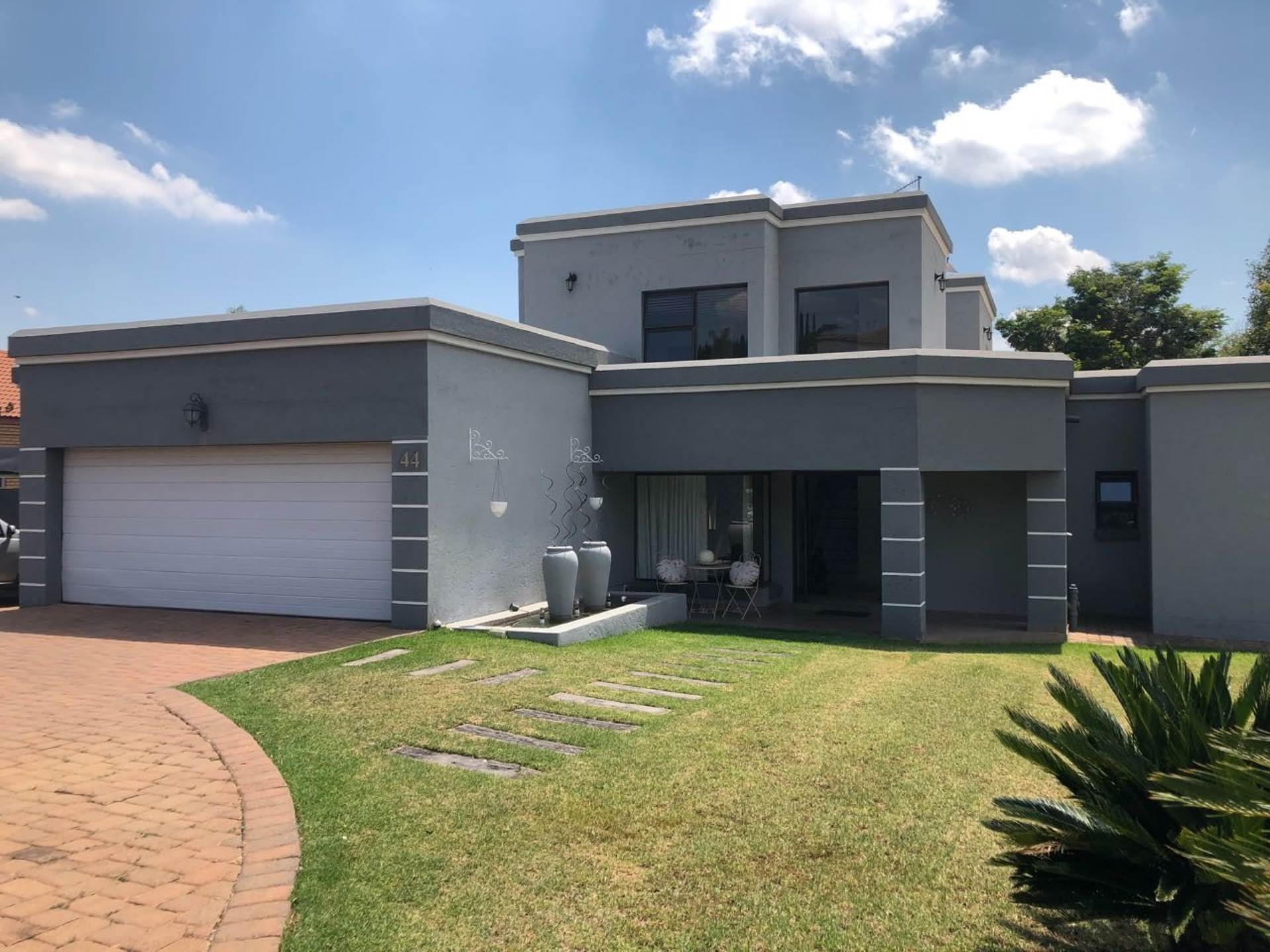 4 BedroomHouse To Rent In Woodhill Golf Estate