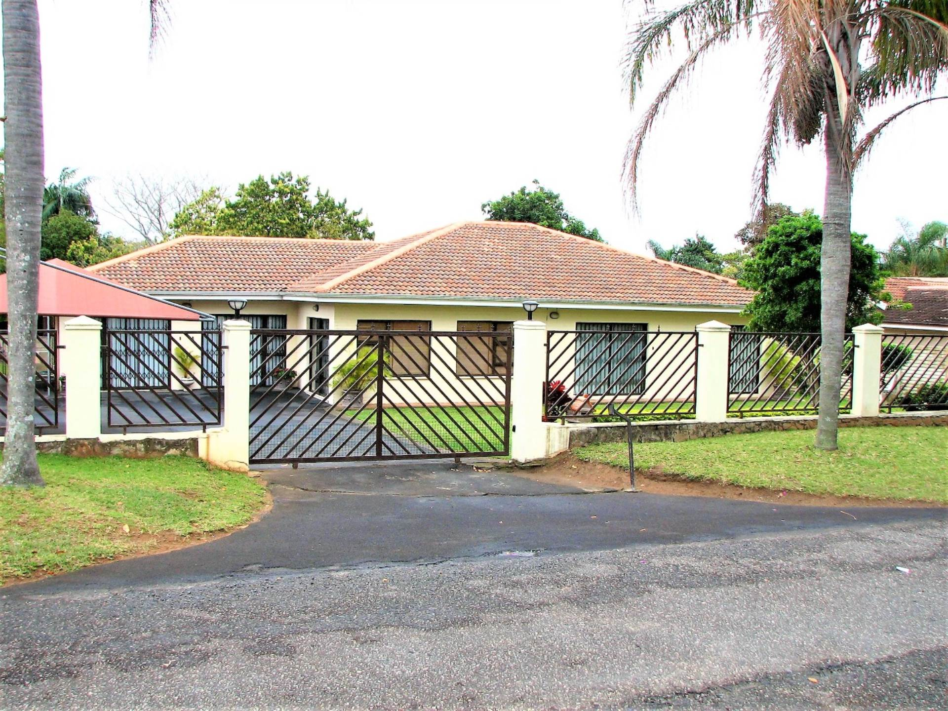 6 BedroomHouse For Sale In Margate