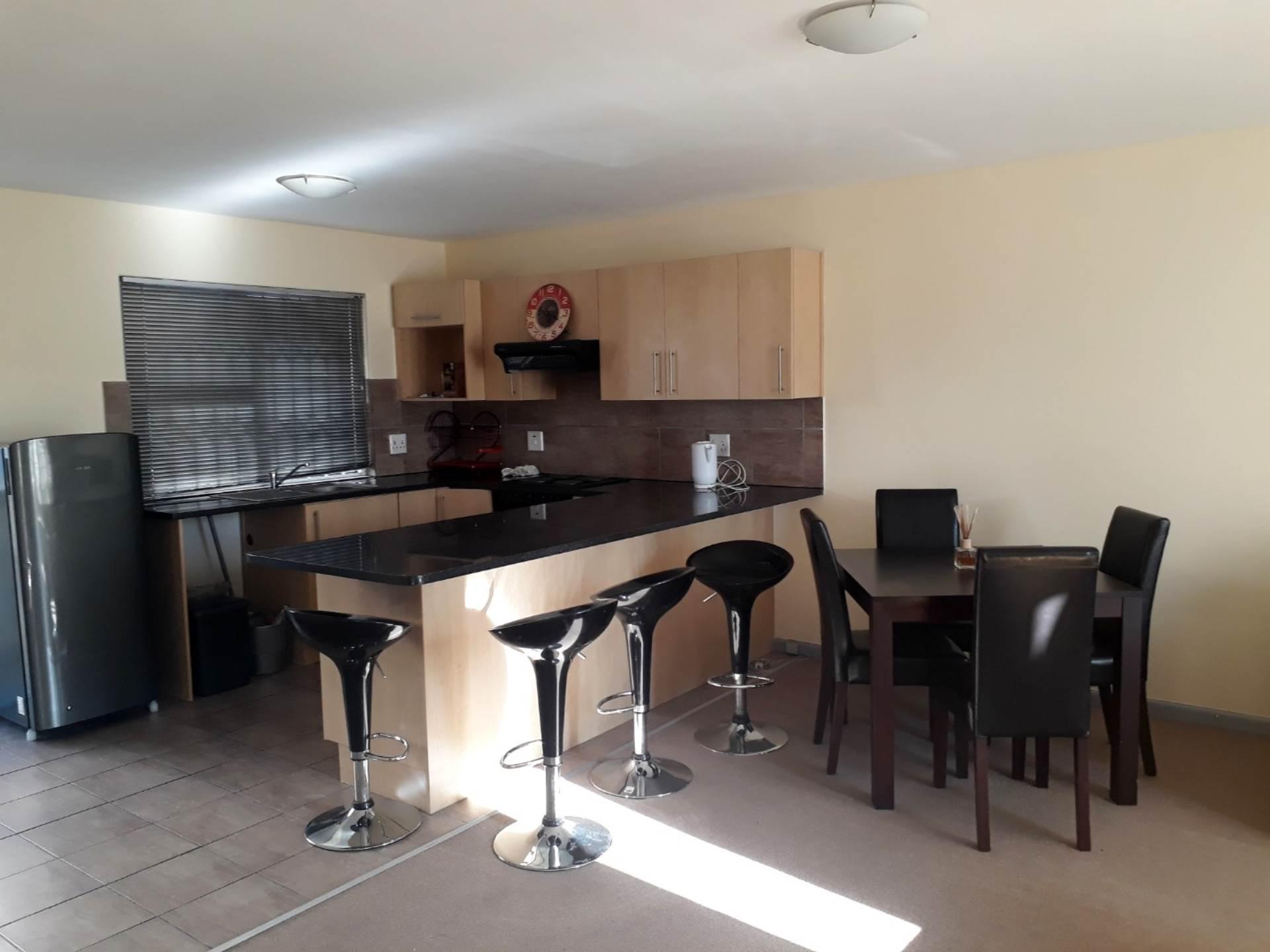 Cape Town, Zonnebloem Property  | Houses To Rent Zonnebloem, ZONNEBLOEM, Apartment 2 bedrooms property to rent Price:, 10,00*