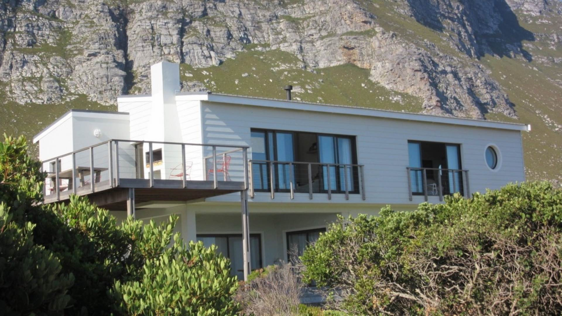 5 BedroomHouse For Sale In Bettys Bay