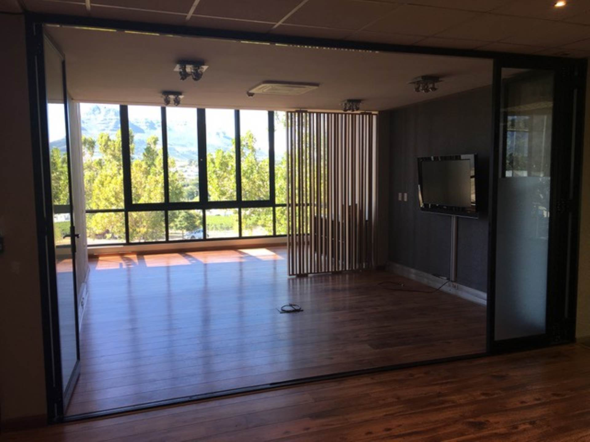 Office To Rent In Techno Park