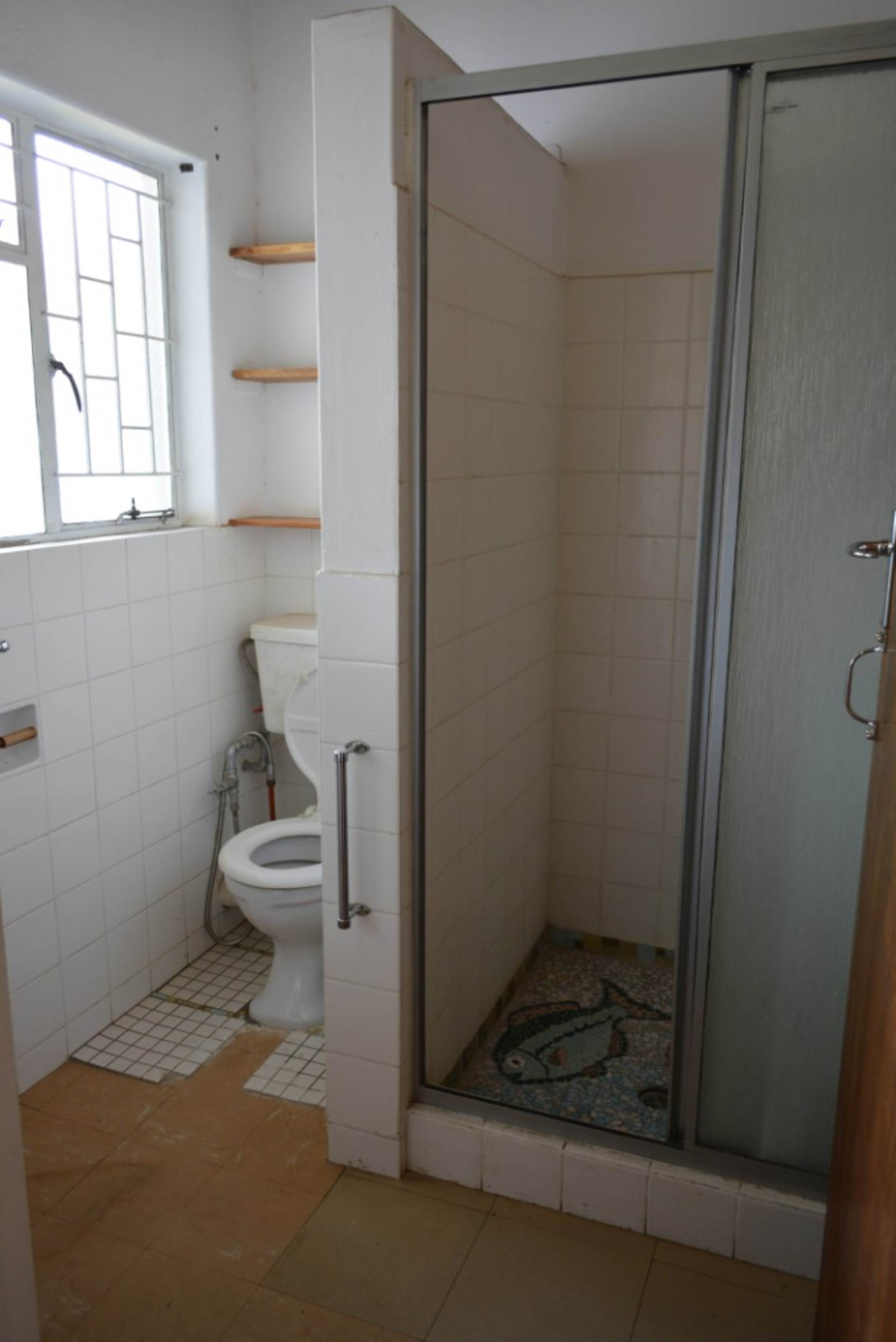 Menlo Park property to rent. Ref No: 13596842. Picture no 11