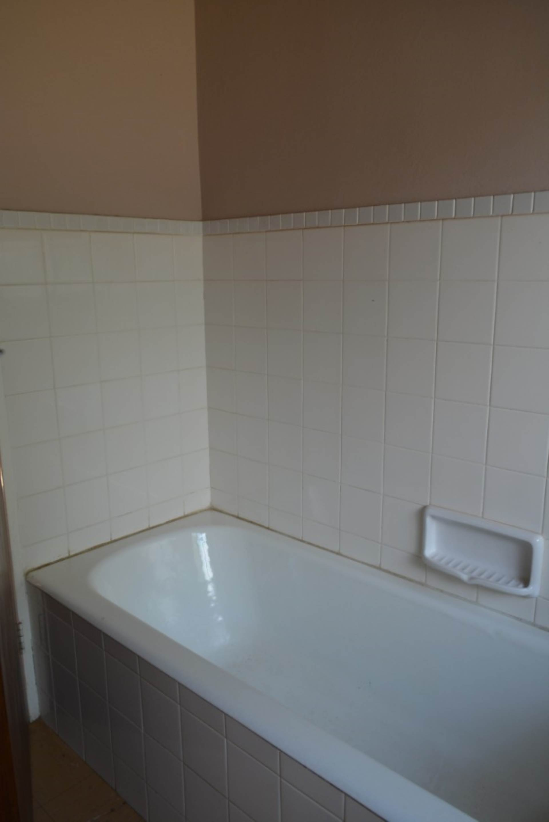 Menlo Park property to rent. Ref No: 13596842. Picture no 10