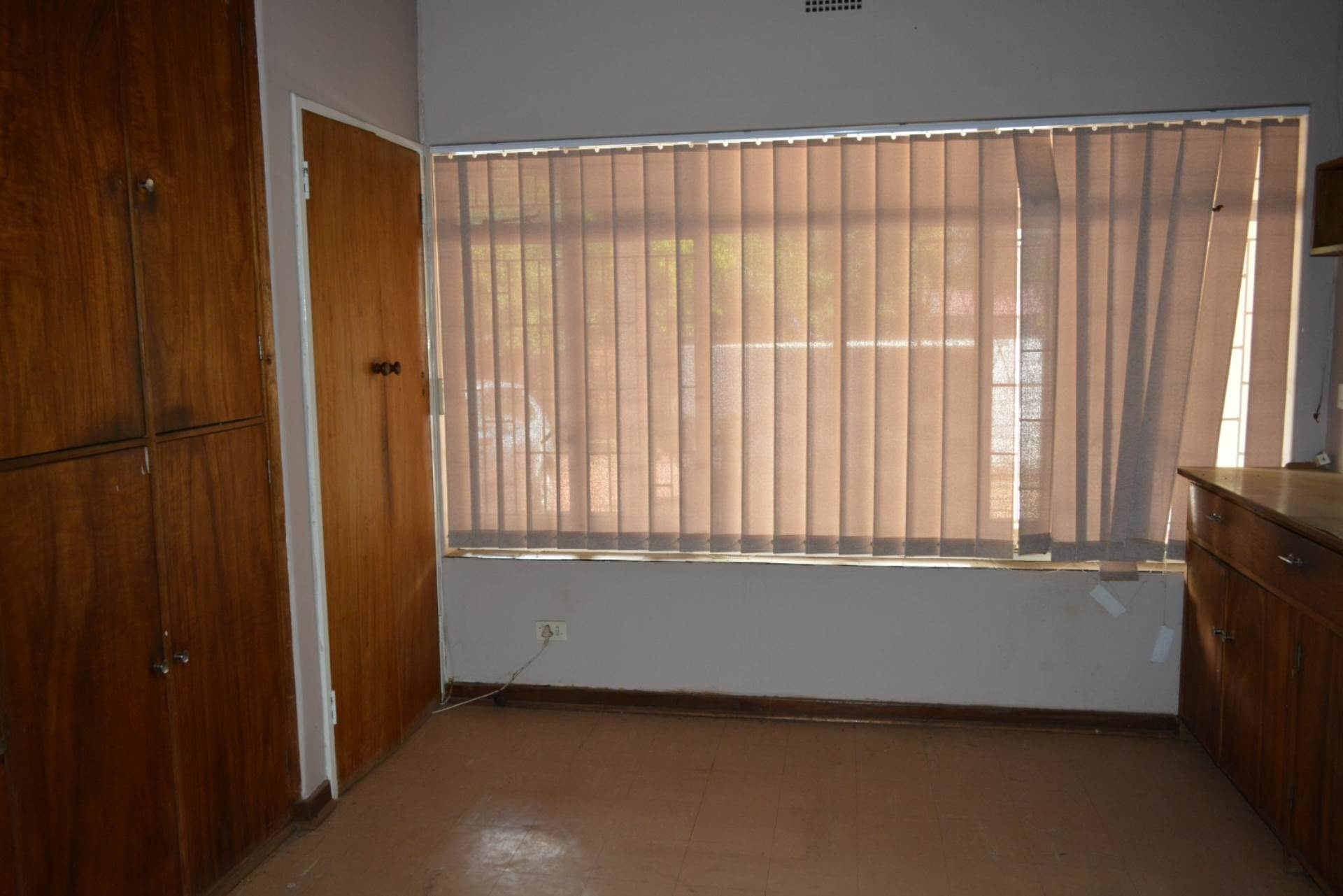 Menlo Park property to rent. Ref No: 13596842. Picture no 6