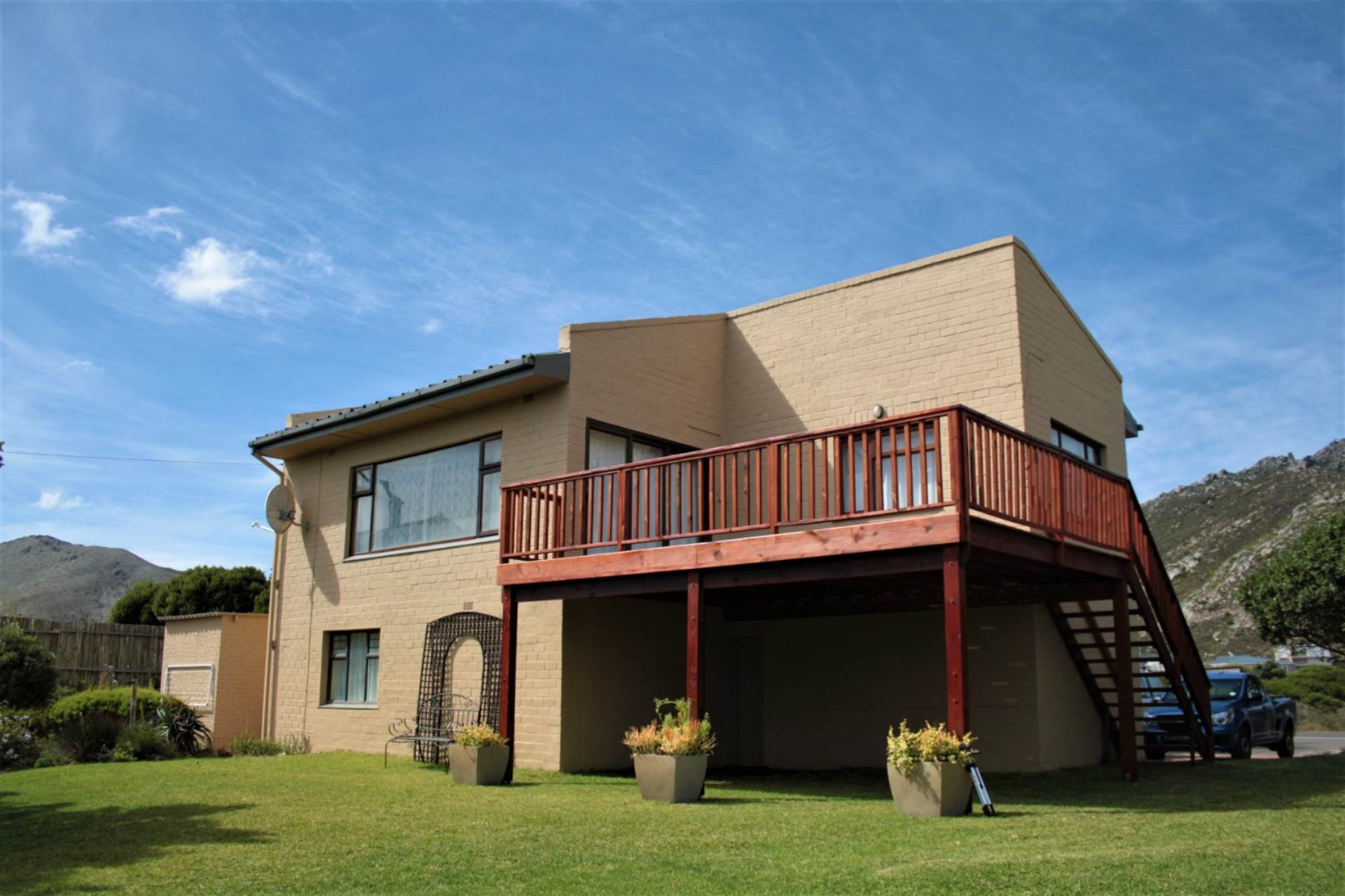 4 BedroomHouse For Sale In Pringle Bay