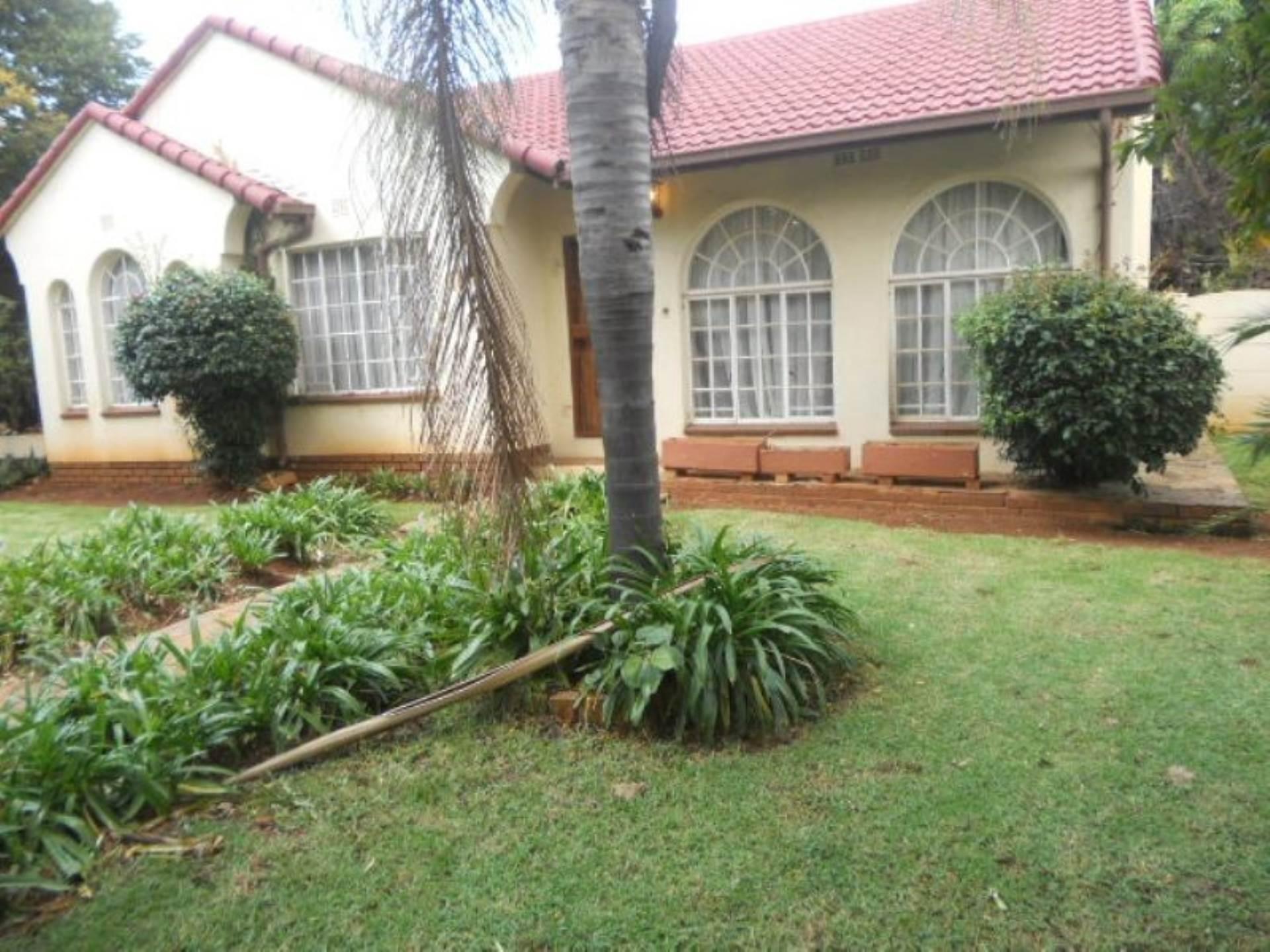 3 BedroomHouse To Rent In Birch Acres Ext 4