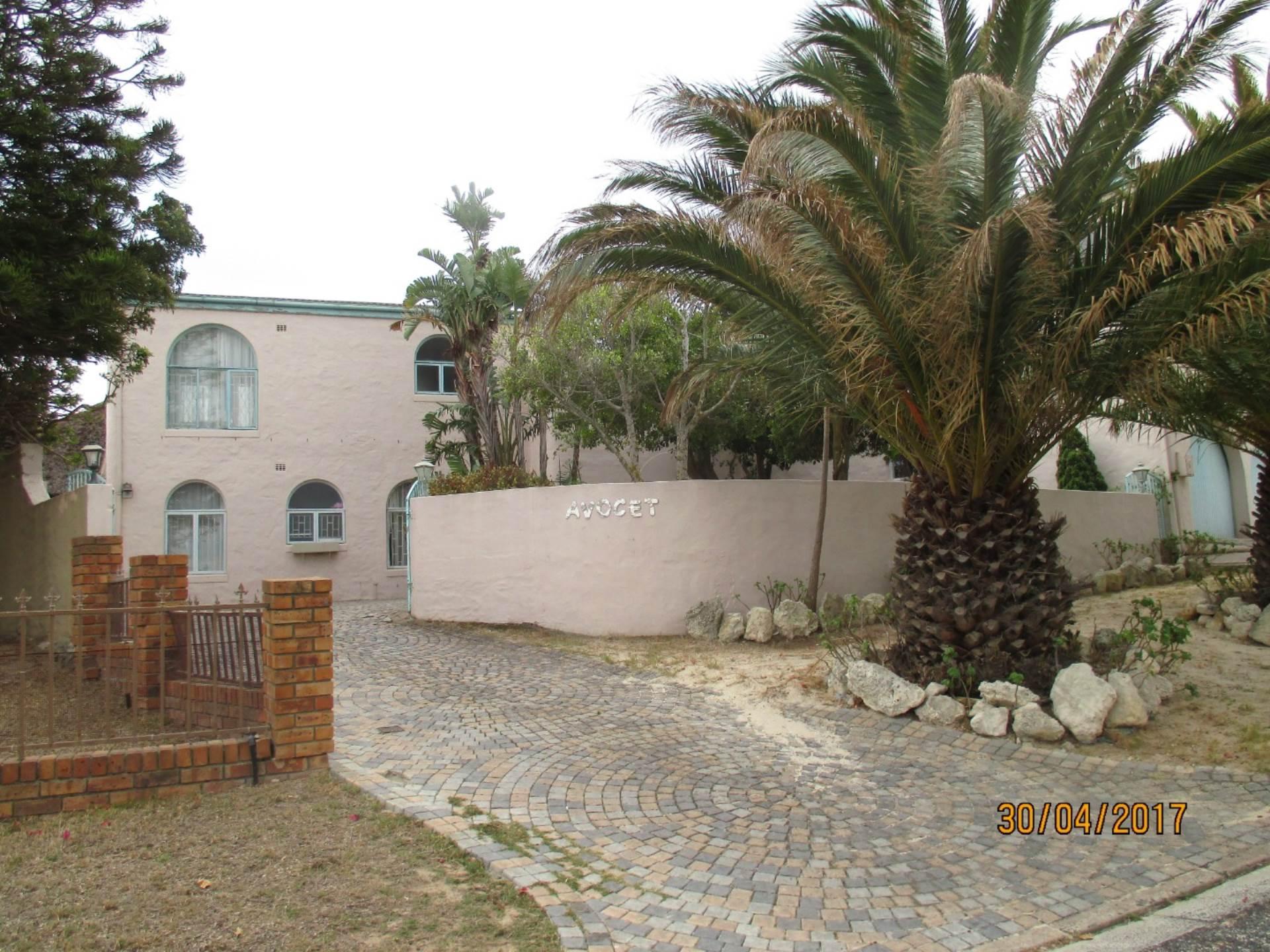 5 BedroomHouse For Sale In Flamingo Vlei