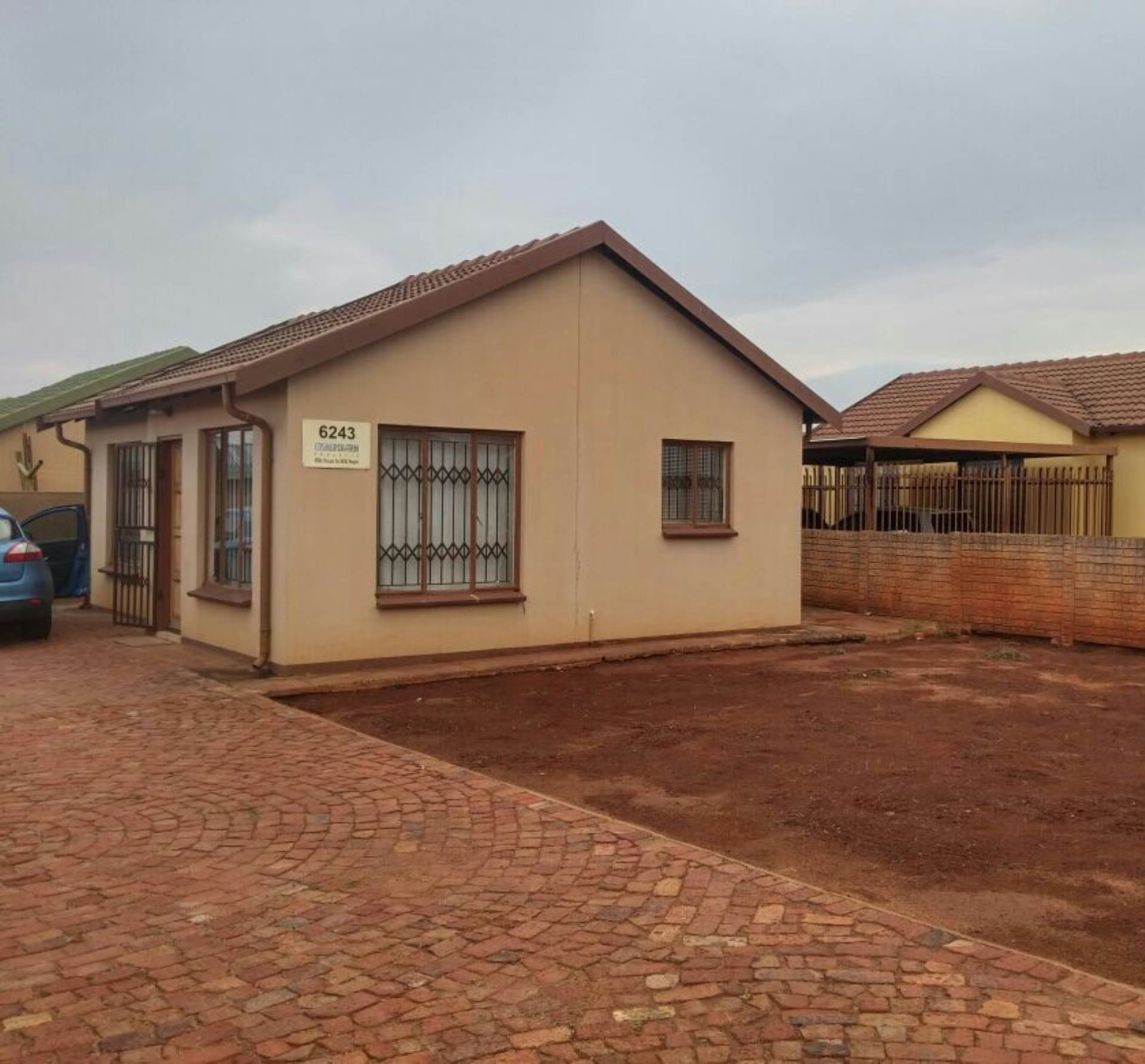 2 BedroomHouse To Rent In The Orchards