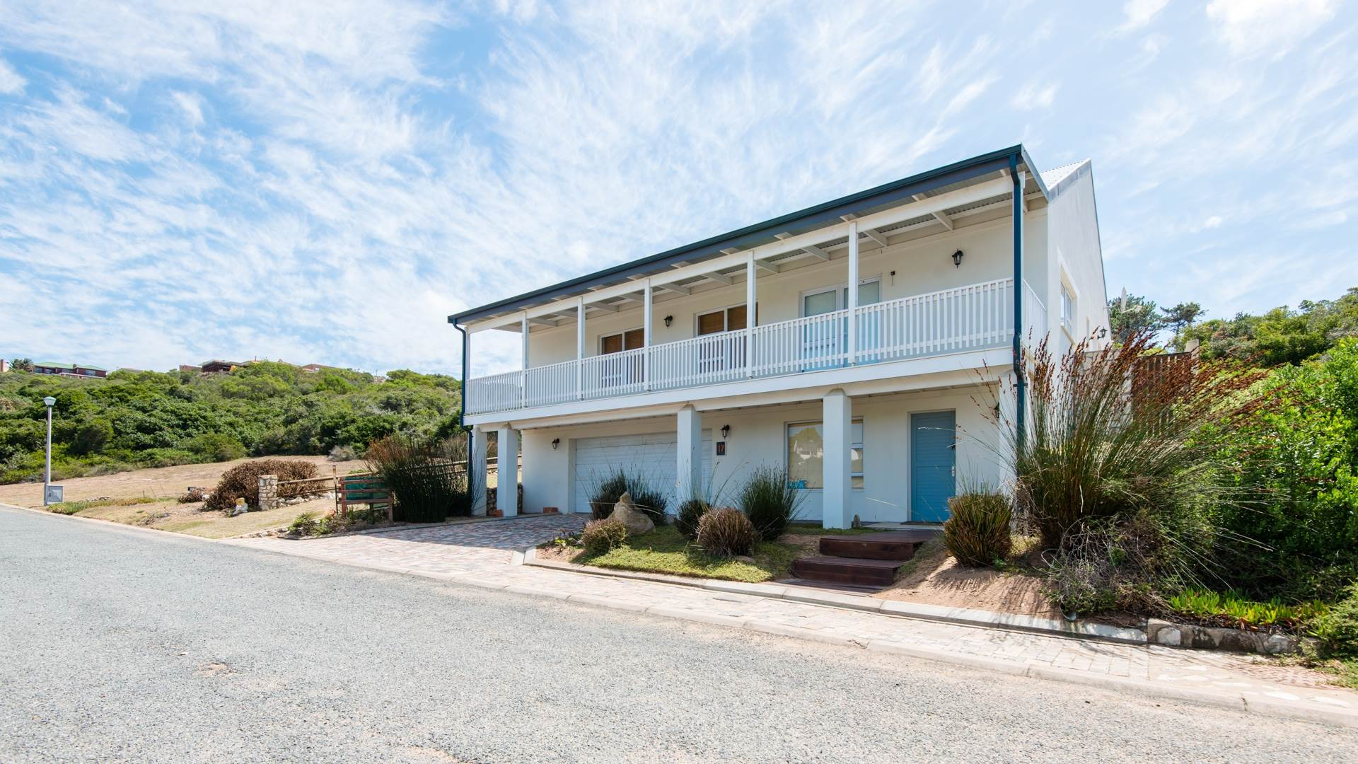 4 BedroomHouse For Sale In Still Bay West
