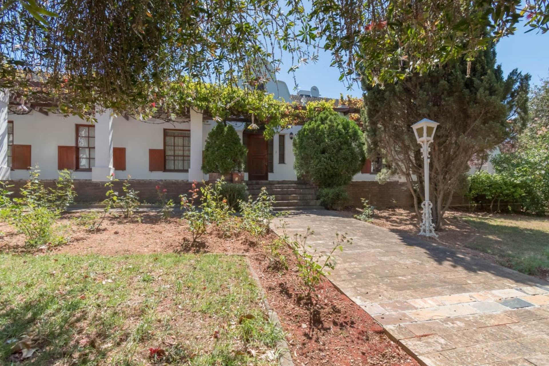 6 BedroomHouse For Sale In Durbanville Hills