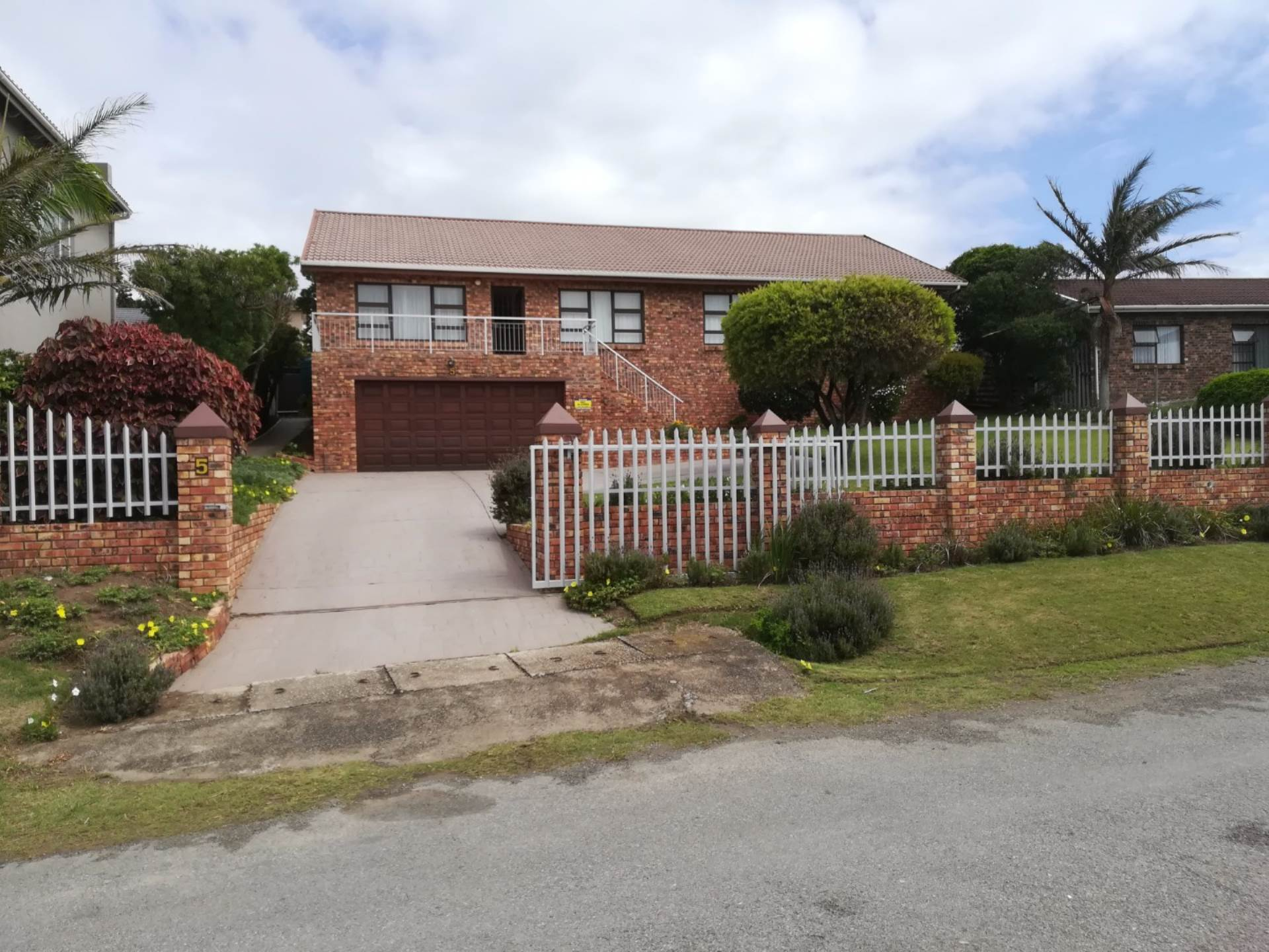 3 BedroomHouse For Sale In Forest Downs